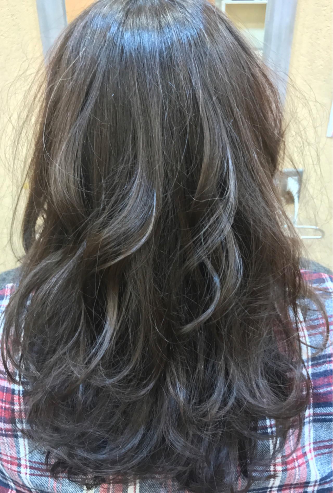 愛され 外国人風カラー ナチュラル ロング ヘアスタイルや髪型の写真・画像 | 平岩 泰明 / Aether