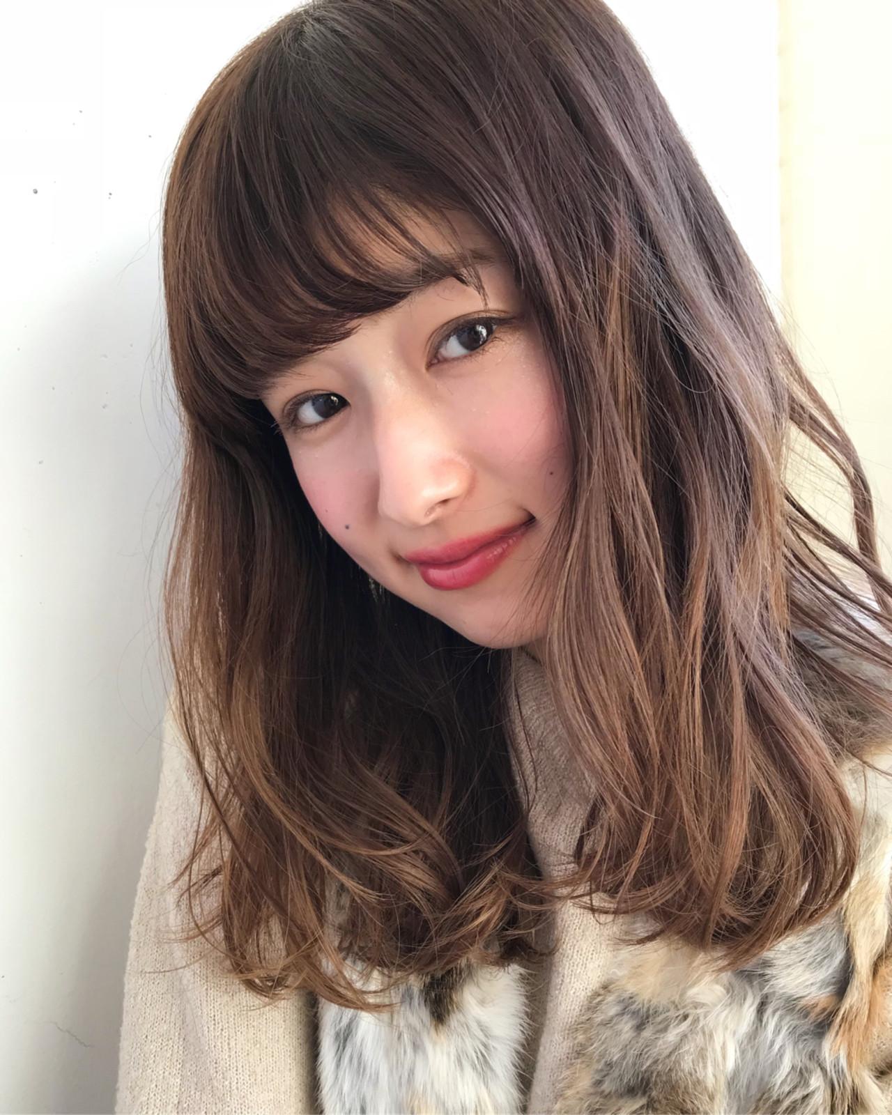 バレンタイン ミディアム 愛され ガーリー ヘアスタイルや髪型の写真・画像