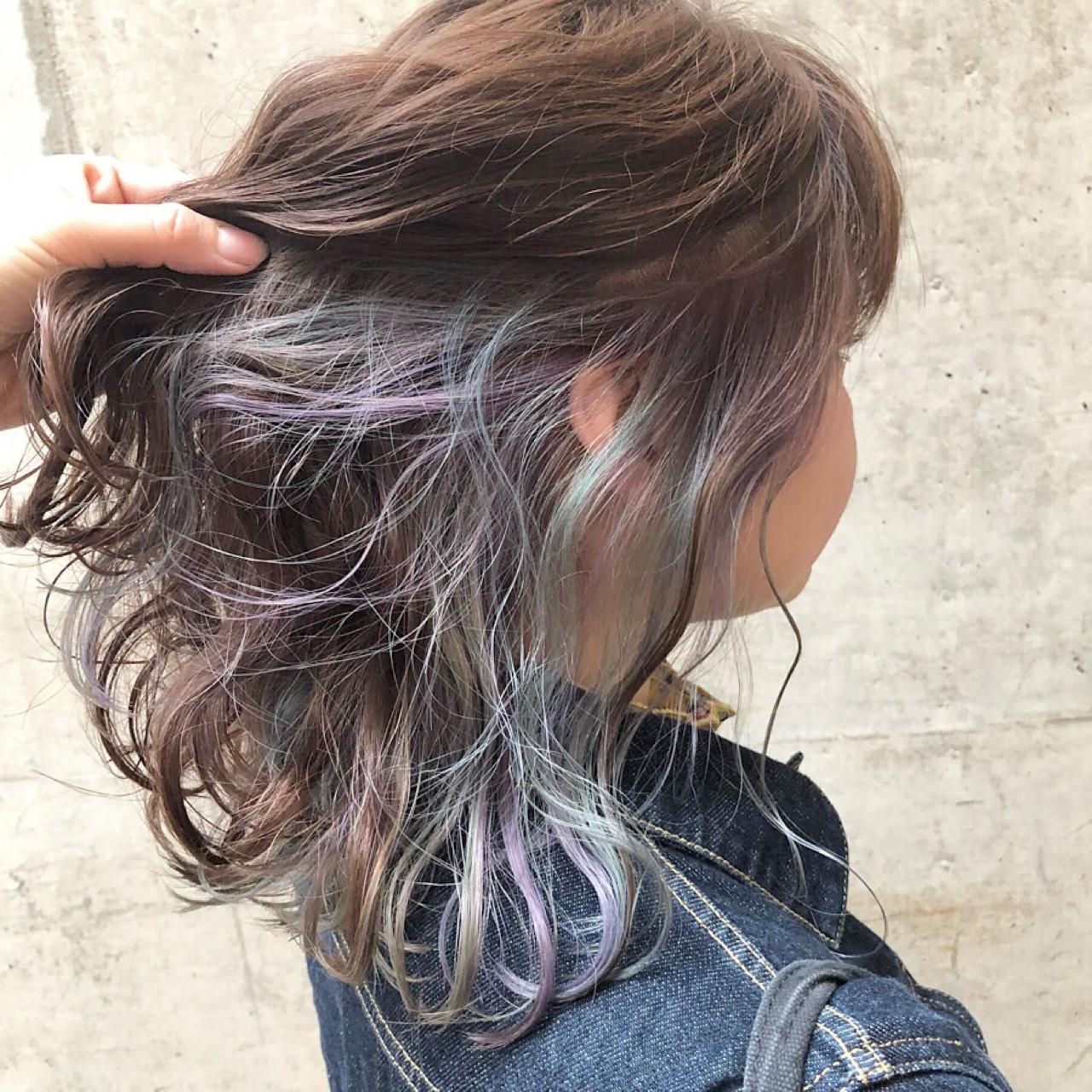 ストリート ラベンダーアッシュ セミロング グレージュ ヘアスタイルや髪型の写真・画像
