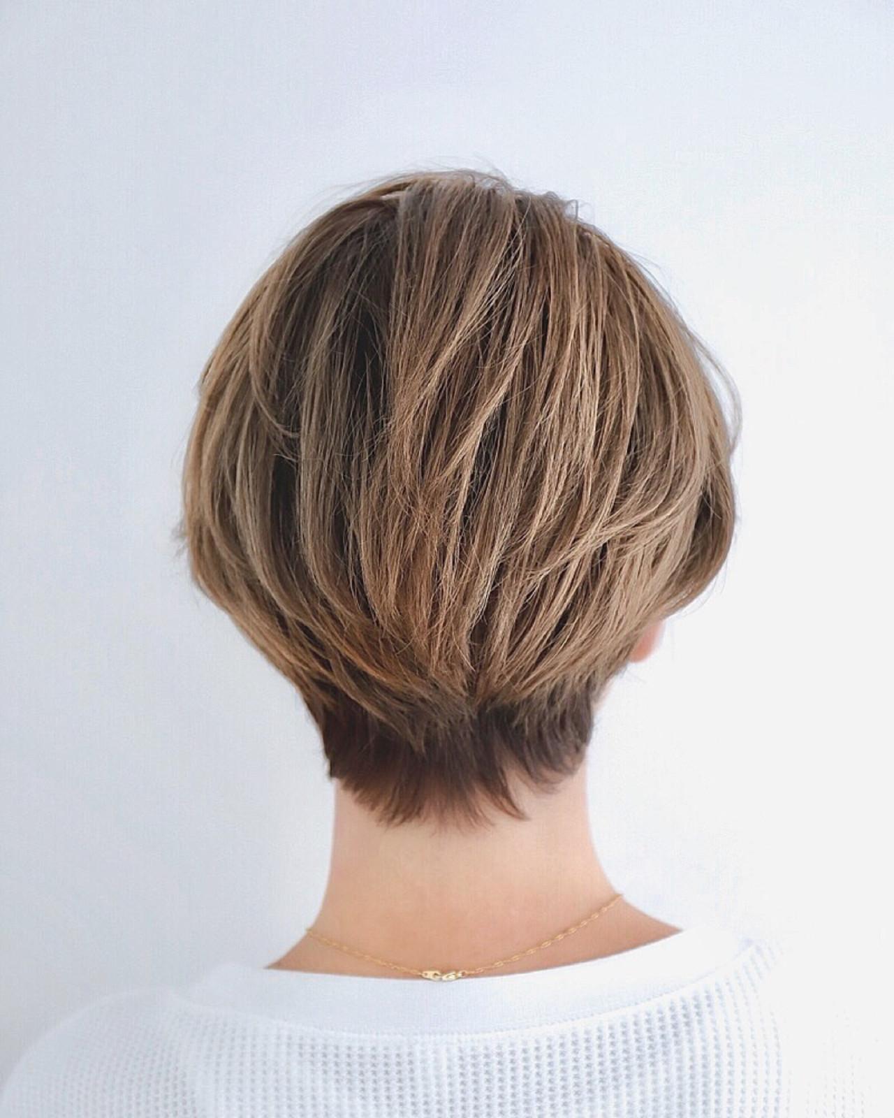 ヘアアレンジ ハイライト グレージュ アウトドア ヘアスタイルや髪型の写真・画像