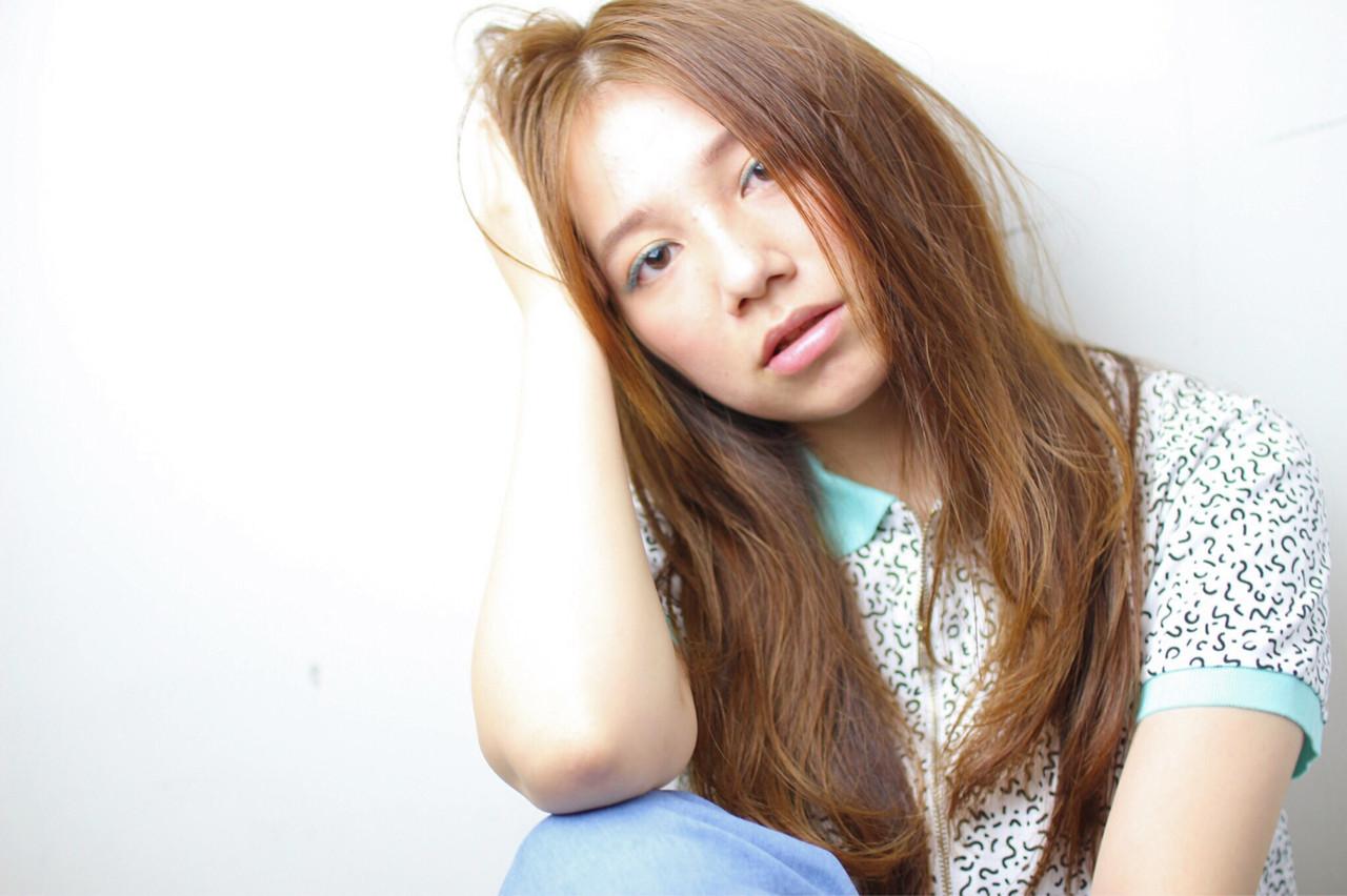 ブラウン パーマ 外国人風 ハイライト ヘアスタイルや髪型の写真・画像