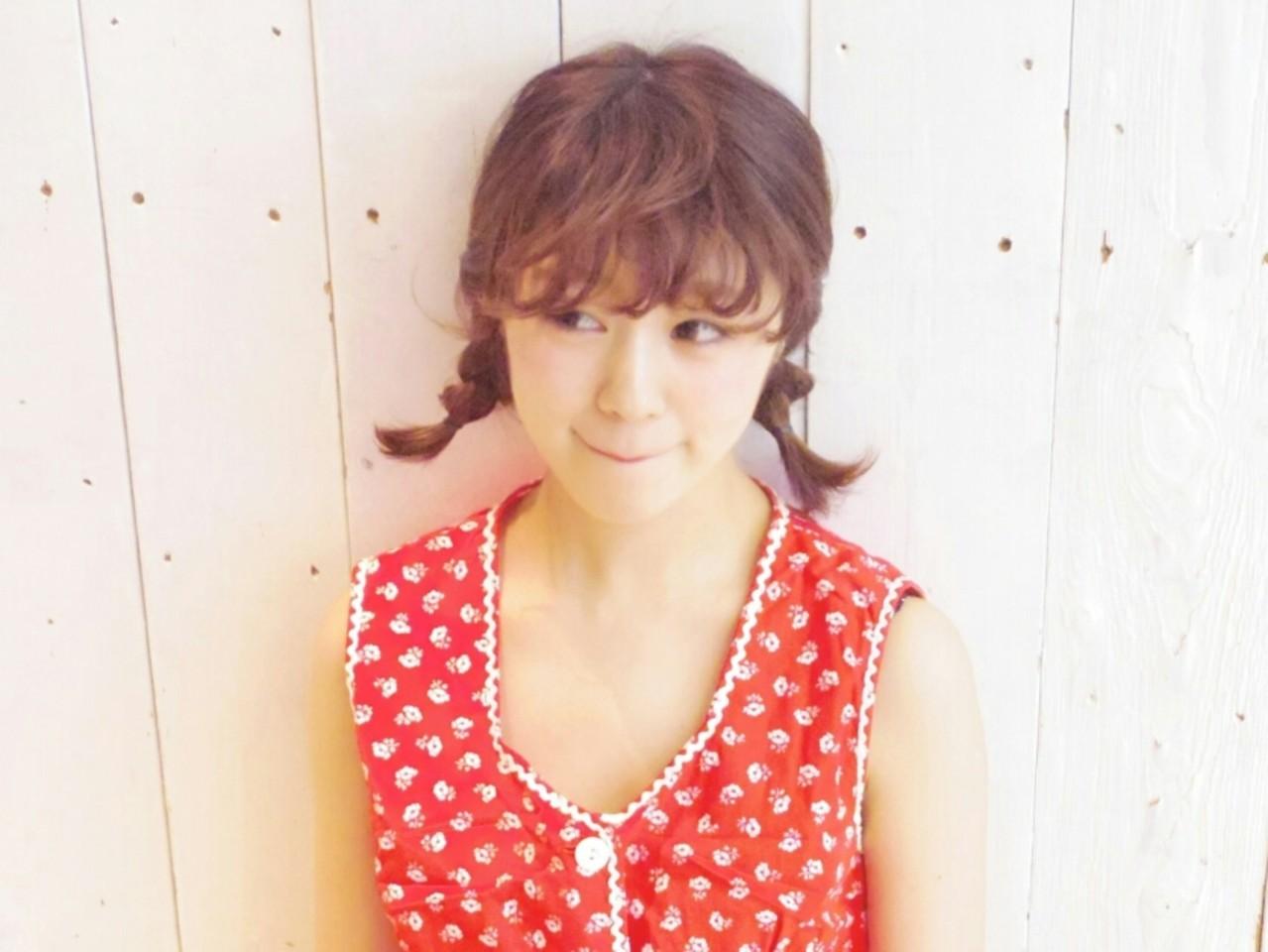 ガーリー ヘアアレンジ 三つ編み ミディアム ヘアスタイルや髪型の写真・画像