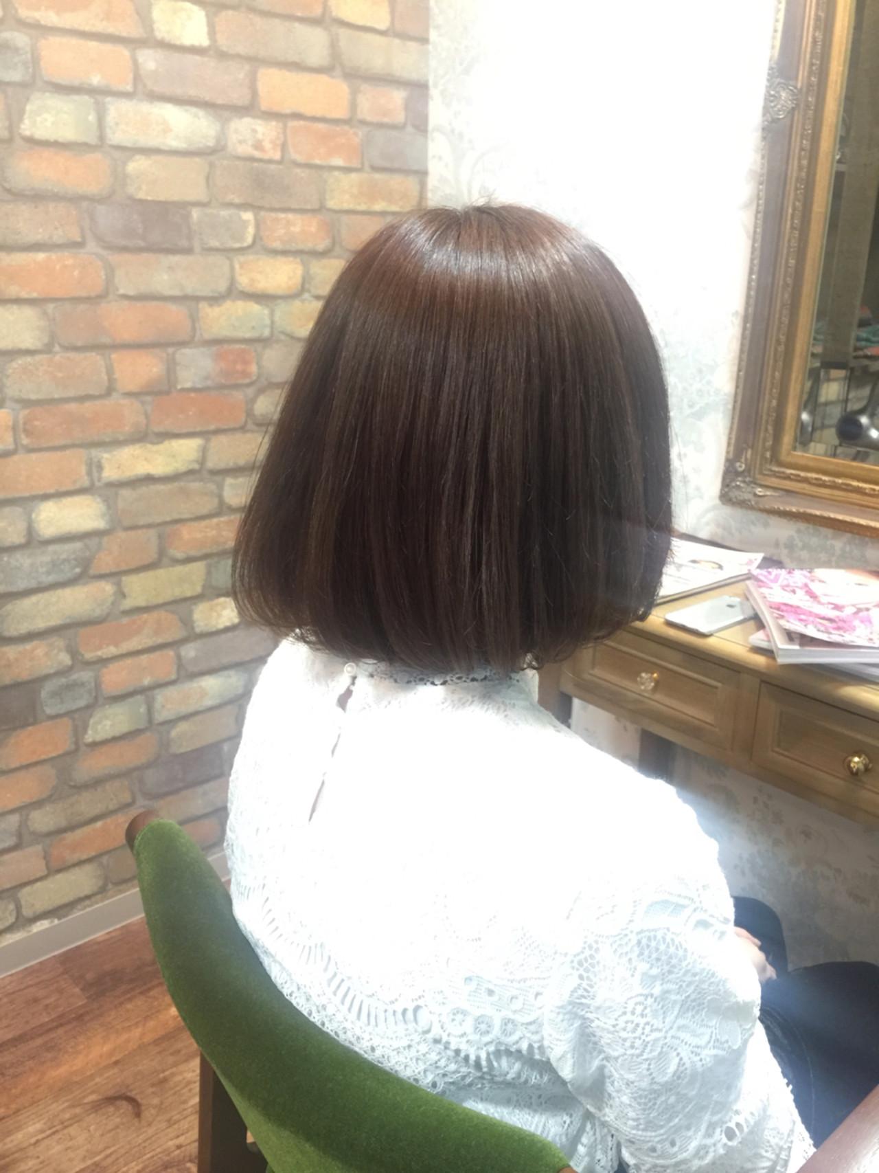 ボブ 大人女子 アッシュグレージュ ナチュラル ヘアスタイルや髪型の写真・画像
