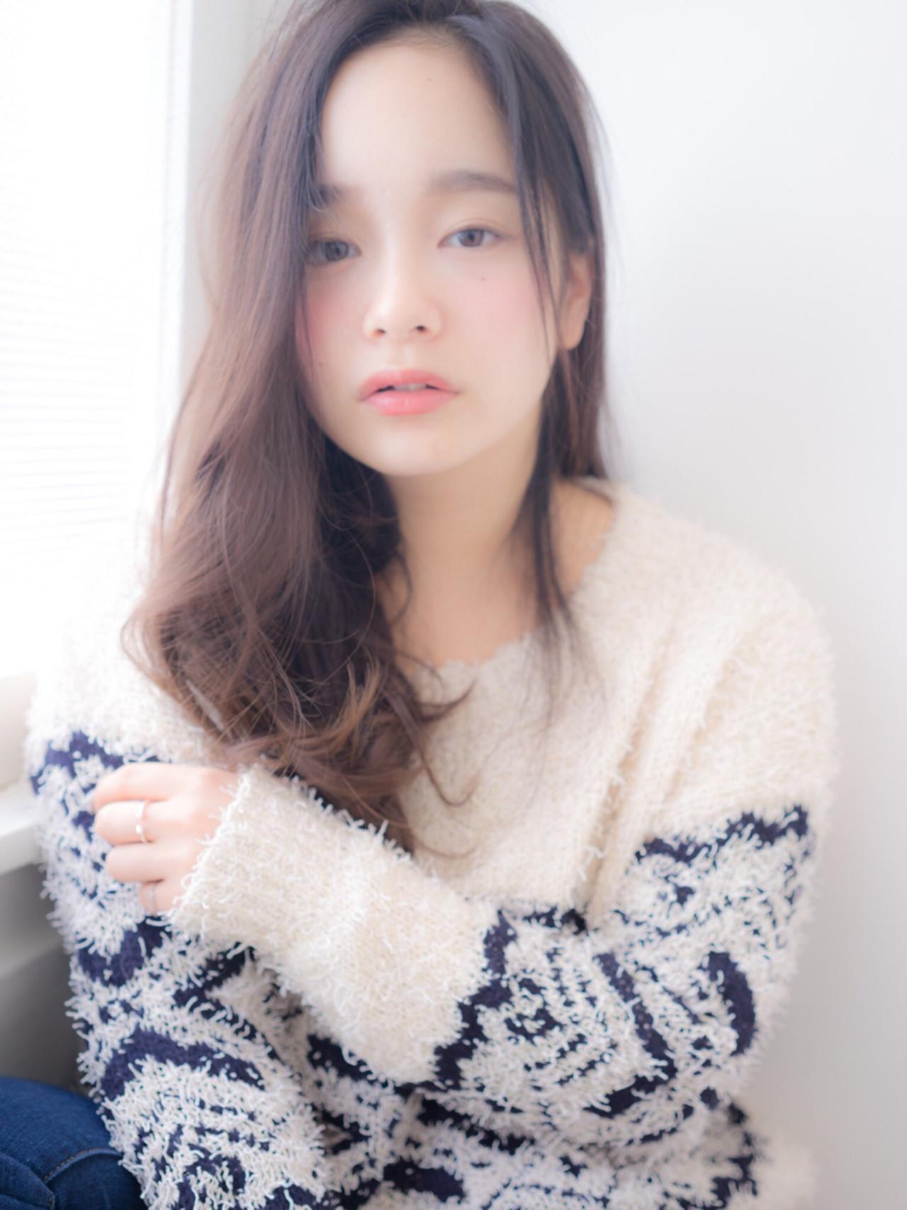 セミロング 大人かわいい 抜け感 パーマ ヘアスタイルや髪型の写真・画像 | 定野 桃子 /