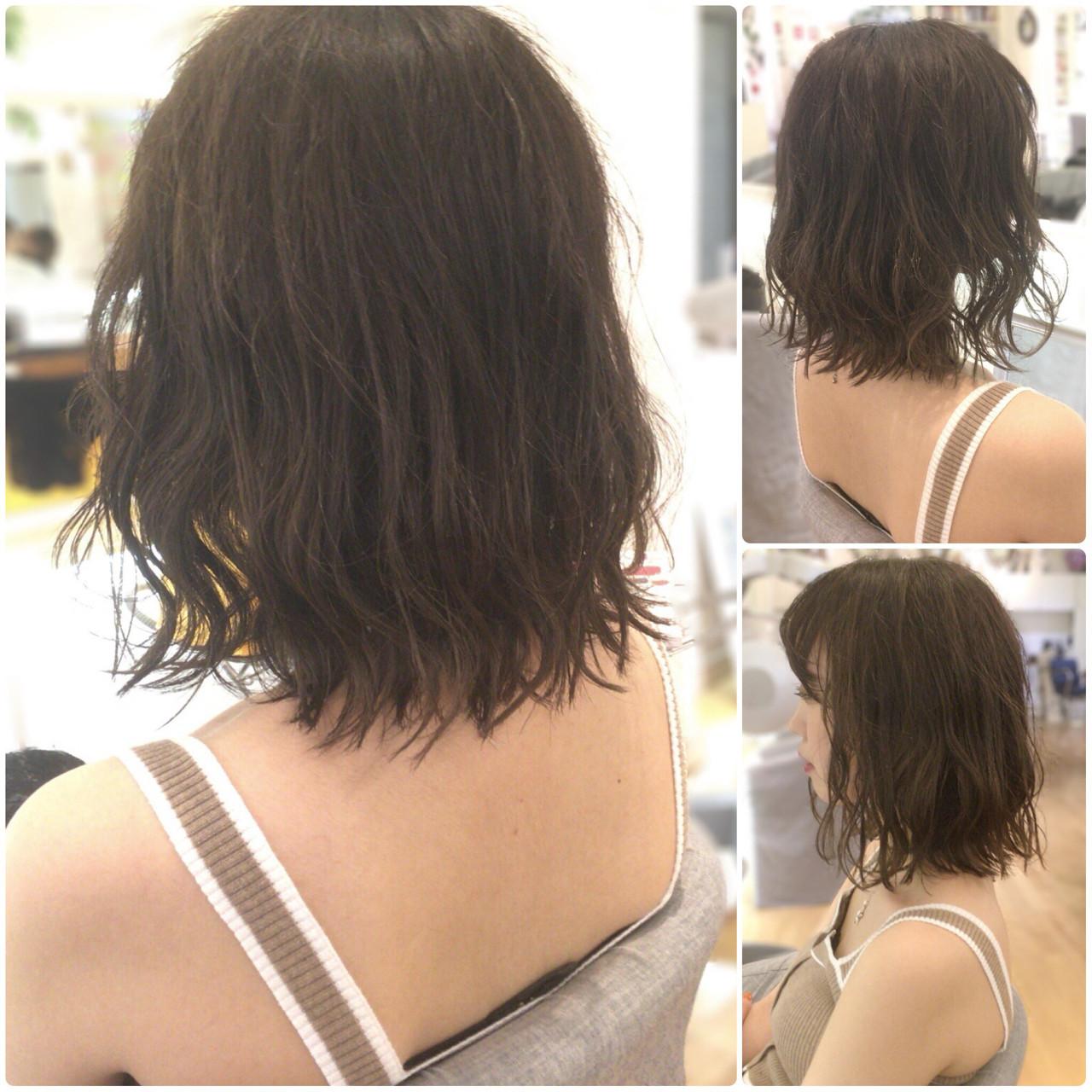 ロブ ガーリー ミディアム 外ハネ ヘアスタイルや髪型の写真・画像 | イマムラ スナオ / LUKE