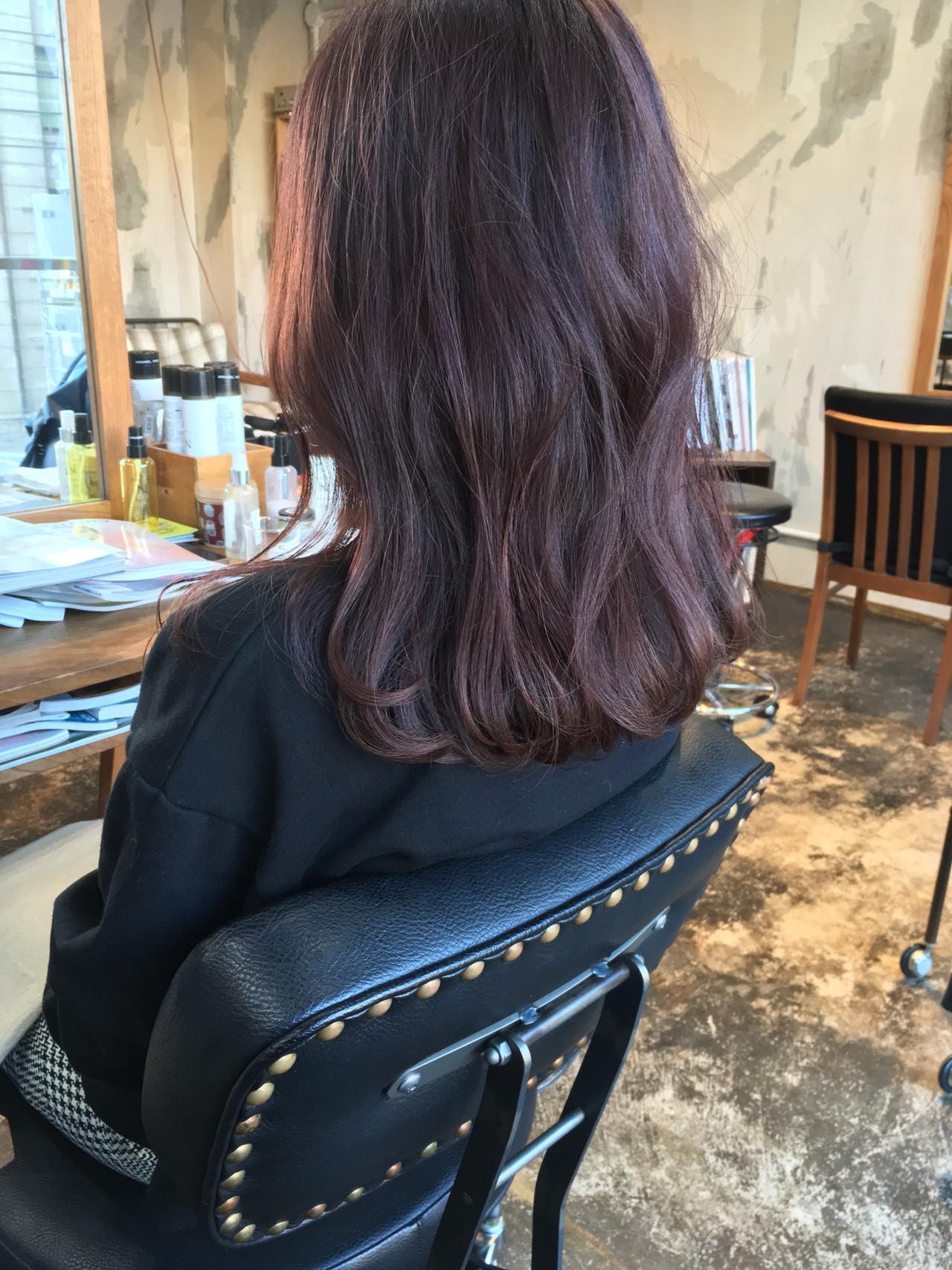 フェミニン ヘアアレンジ アンニュイほつれヘア セミロング ヘアスタイルや髪型の写真・画像
