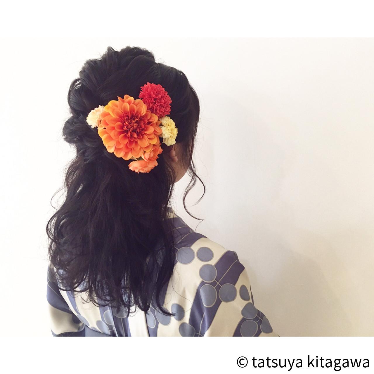 セミロング 結婚式 ハーフアップ フェミニン ヘアスタイルや髪型の写真・画像