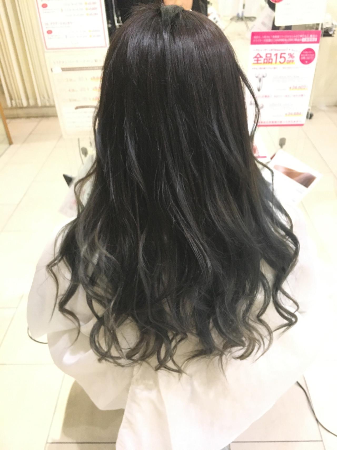 オフィス 黒髪 モード セミロング ヘアスタイルや髪型の写真・画像