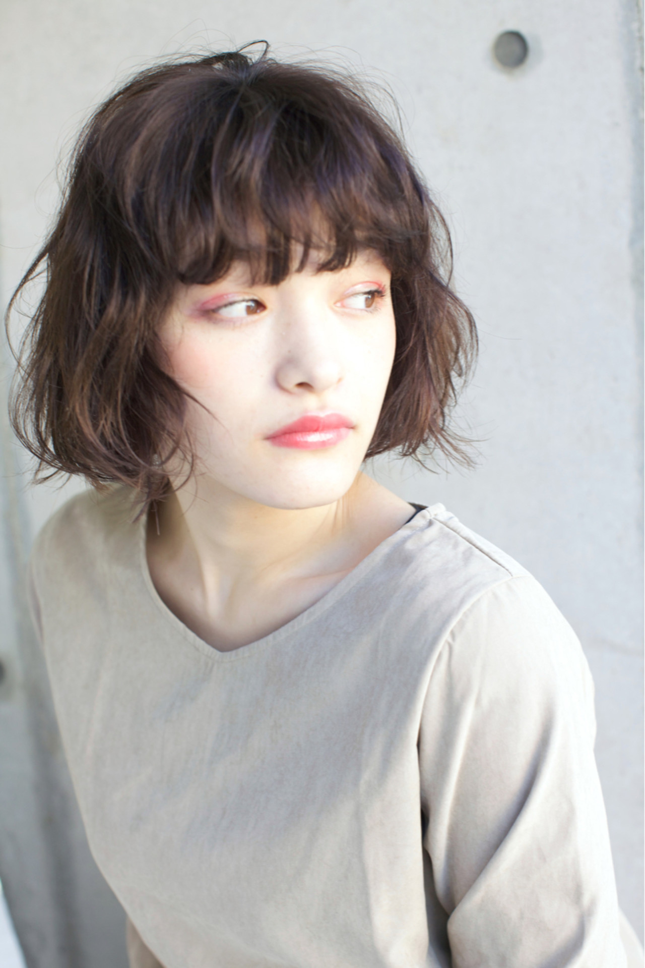 ゆるふわ ウェーブ 簡単ヘアアレンジ アンニュイ ヘアスタイルや髪型の写真・画像