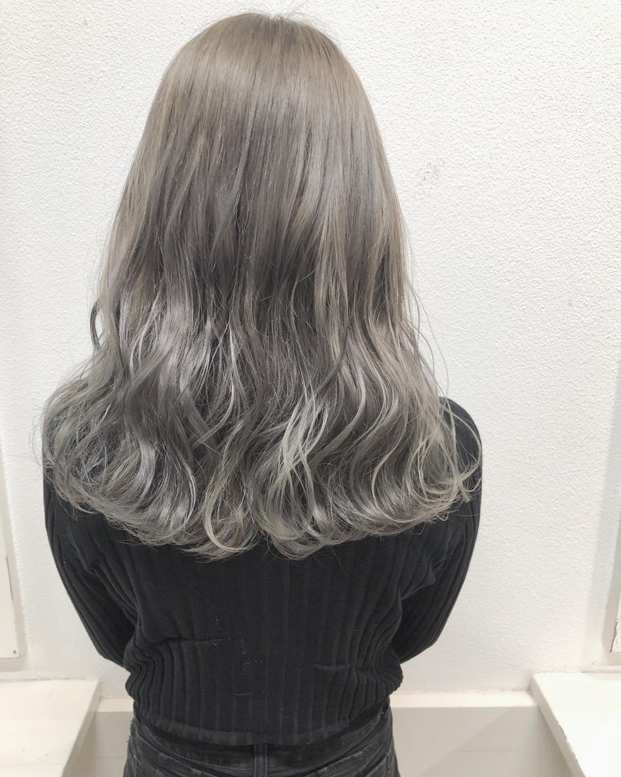 バレイヤージュ コントラストハイライト セミロング 外国人風カラー ヘアスタイルや髪型の写真・画像