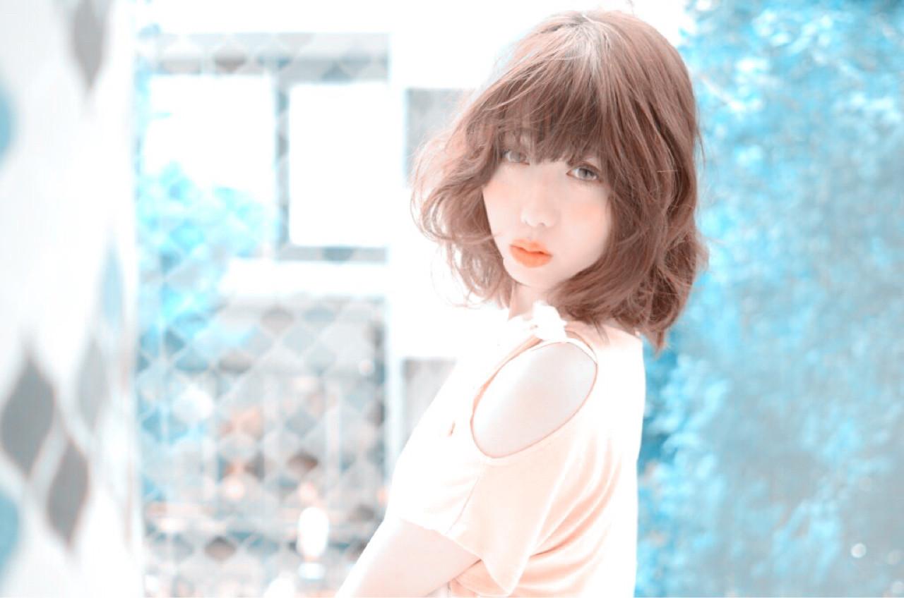 ゆるふわ ブラウン 大人かわいい 外国人風 ヘアスタイルや髪型の写真・画像