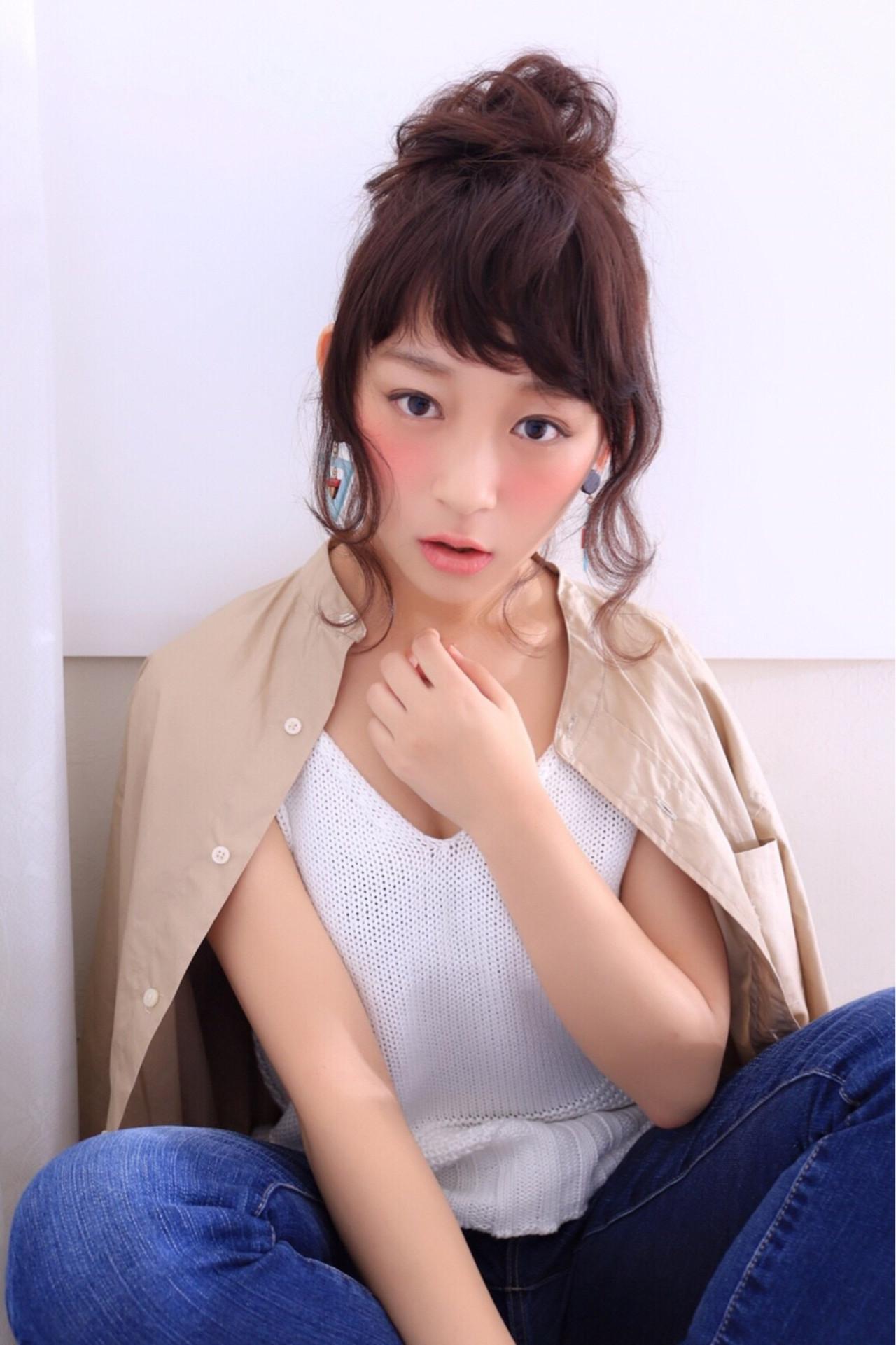 ゆるふわ 大人かわいい 暗髪 ルーズ ヘアスタイルや髪型の写真・画像   mayu /