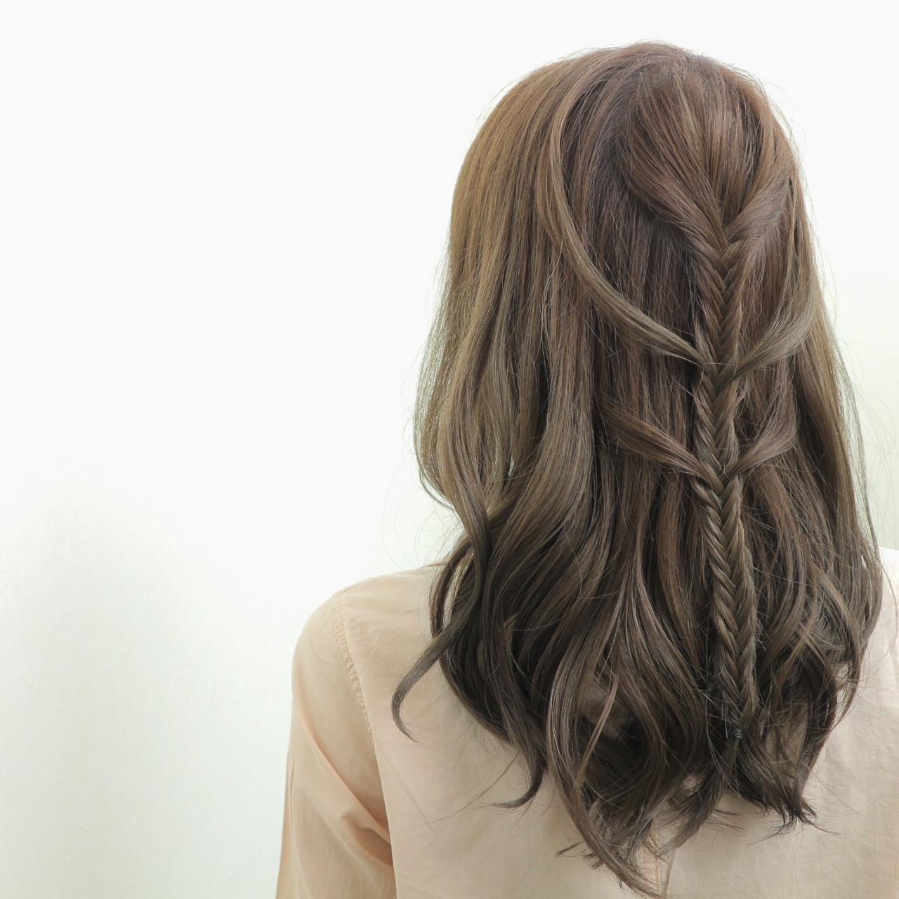 外国人風 ヘアアレンジ セミロング 編み込み ヘアスタイルや髪型の写真・画像 | 桑村亮太/CALIF hair store / 函館/CALIF hair store/キャリフ ヘアストア