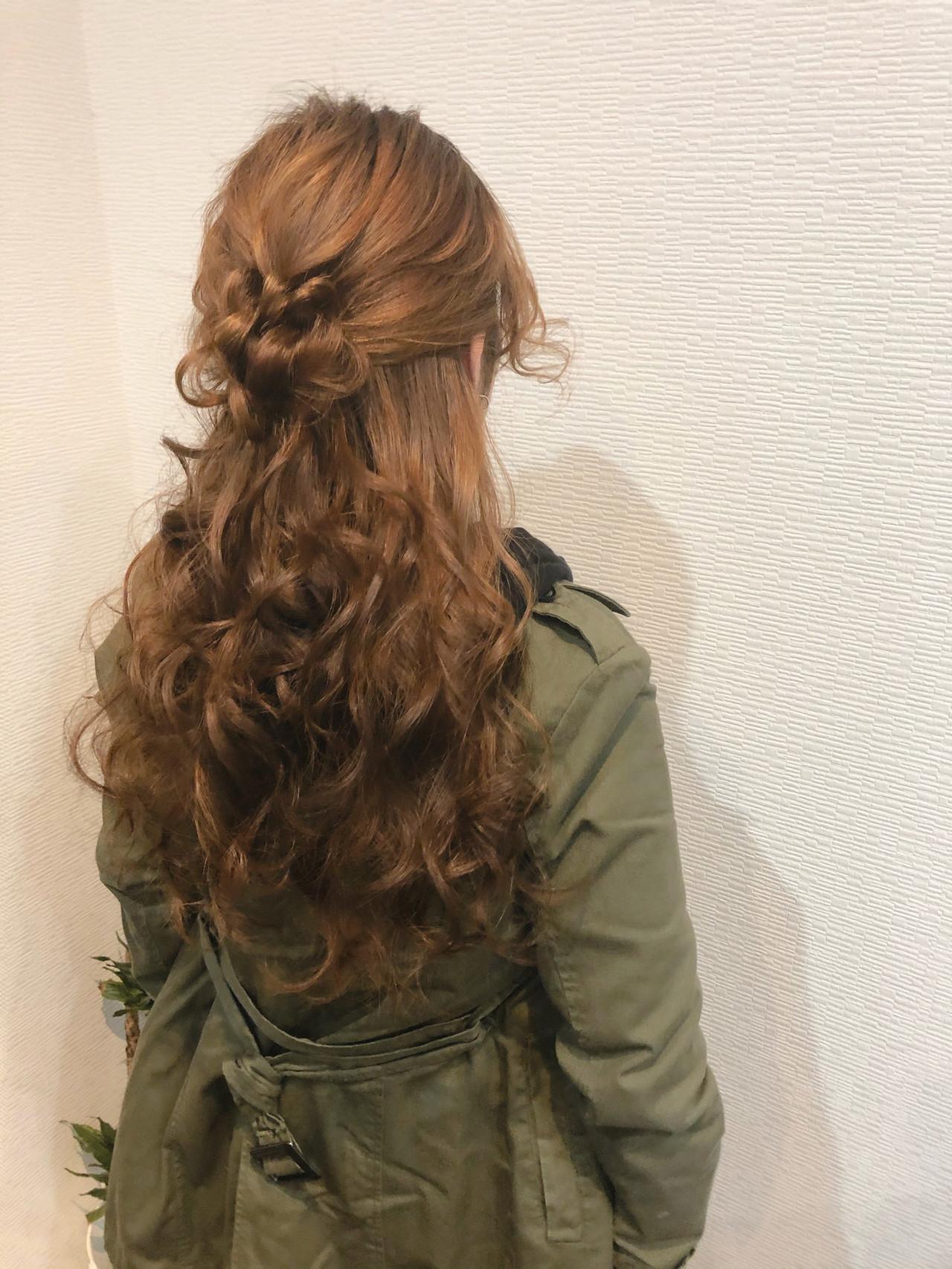 ヘアセット フェミニン ロング お団子アレンジ ヘアスタイルや髪型の写真・画像
