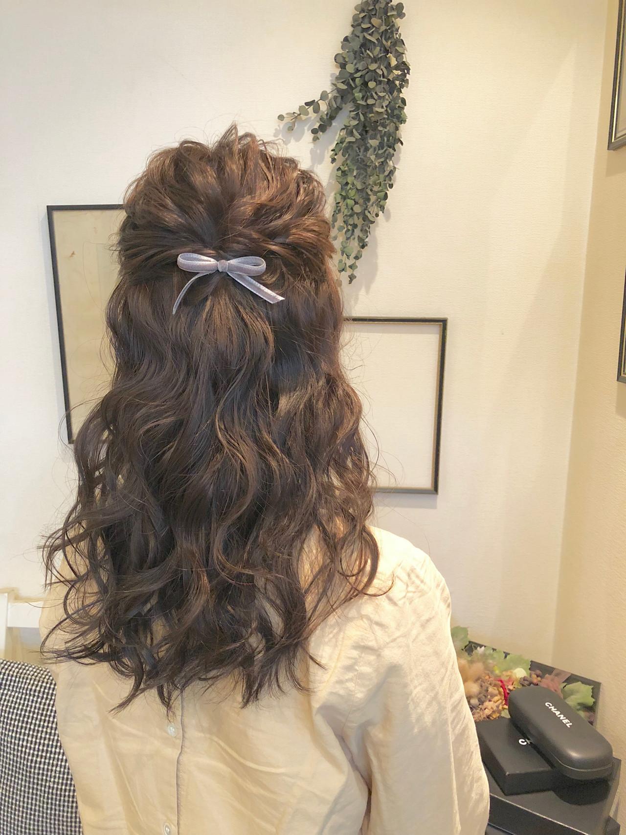 ヘアアレンジ セミロング 外国人風 大人かわいい ヘアスタイルや髪型の写真・画像
