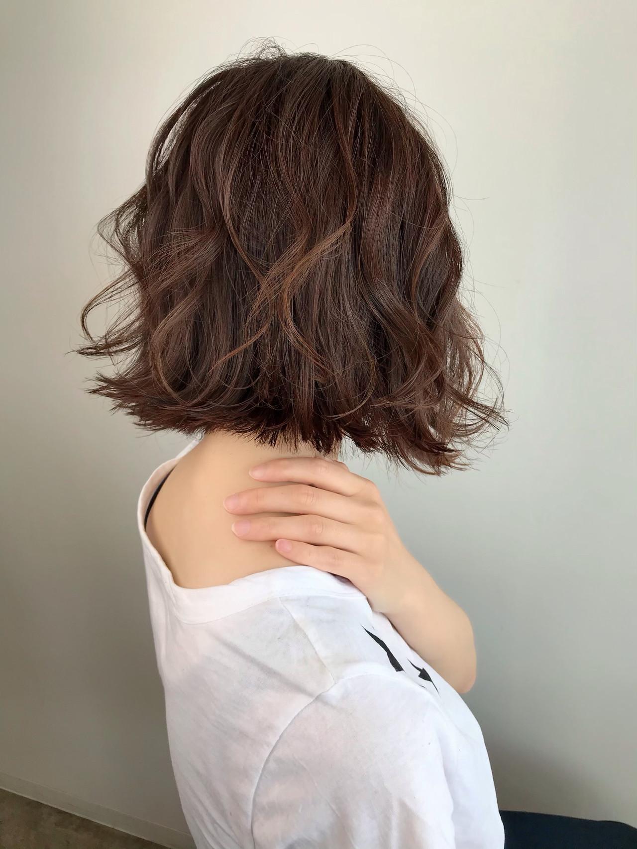 フェミニン 切りっぱなしボブ 切りっぱなし ハンサムショート ヘアスタイルや髪型の写真・画像