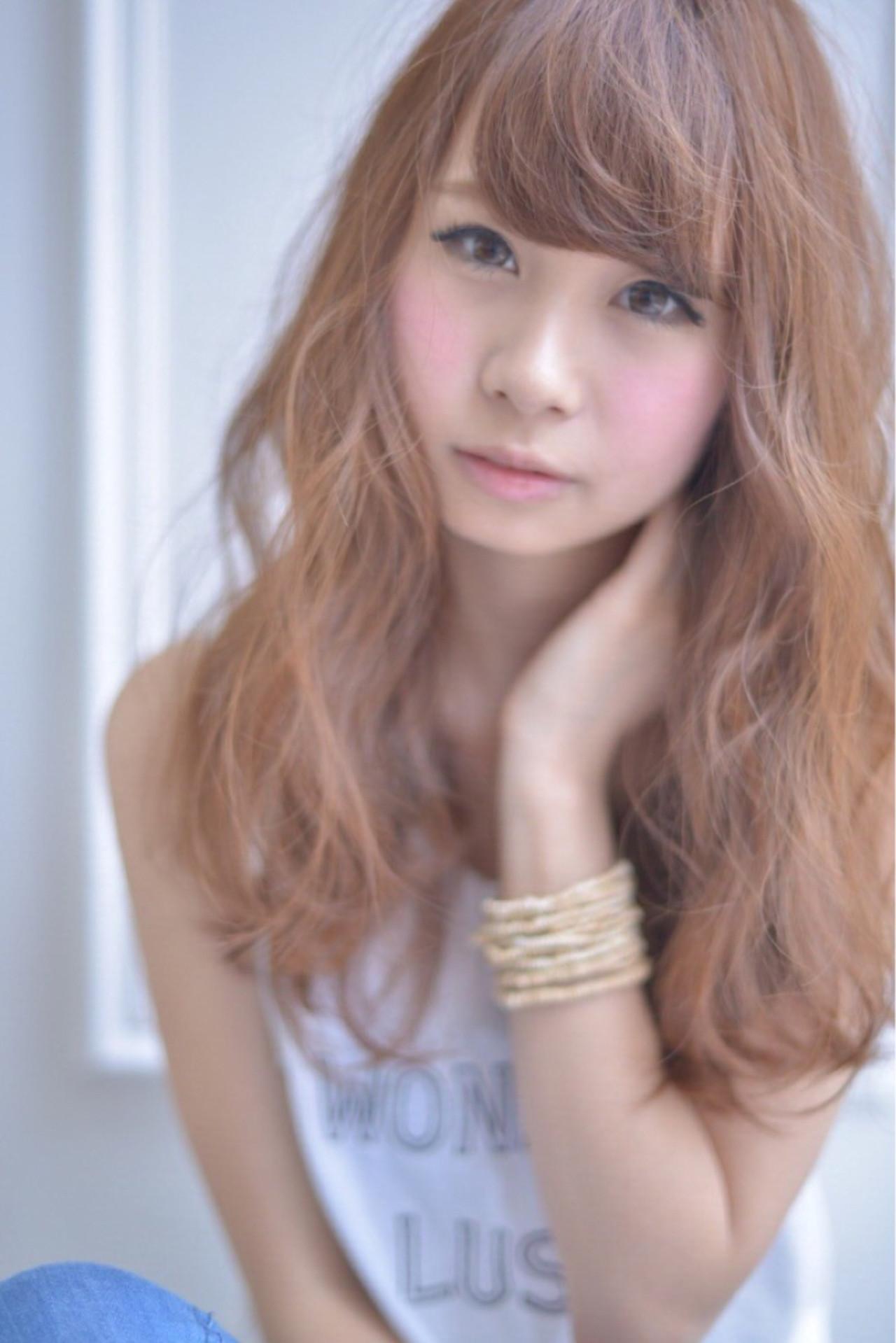 夏 ミディアム 涼しげ パーマ ヘアスタイルや髪型の写真・画像