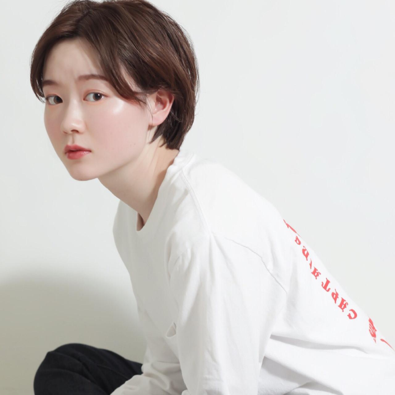 小顔ショート ショートボブ ナチュラル ハンサムショート ヘアスタイルや髪型の写真・画像 | 掛橋 翔 / air-FUKUOKA