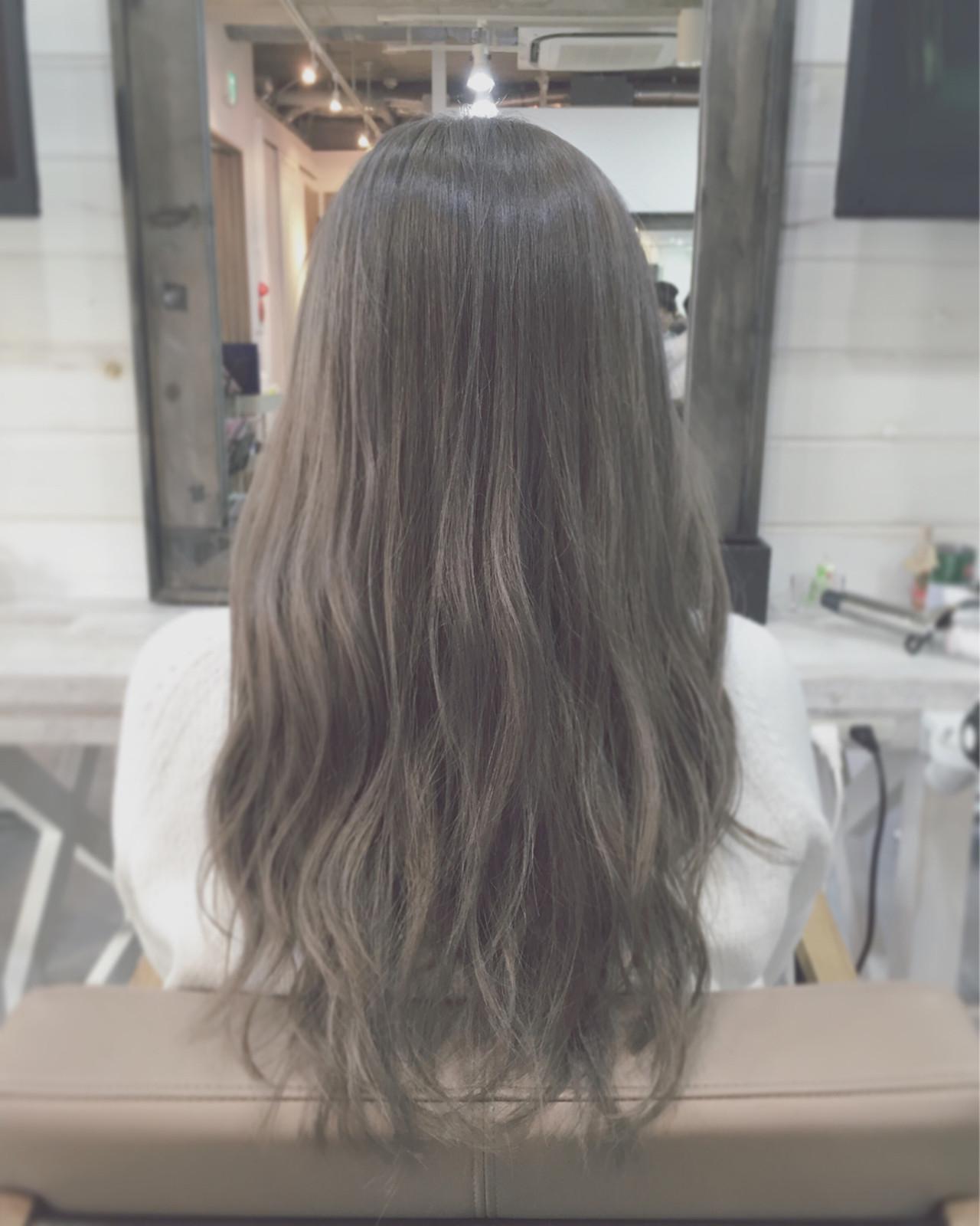 外国人風 アッシュ ストリート 大人かわいい ヘアスタイルや髪型の写真・画像 | 安達 優生 / U-REALM(ユーレルム)