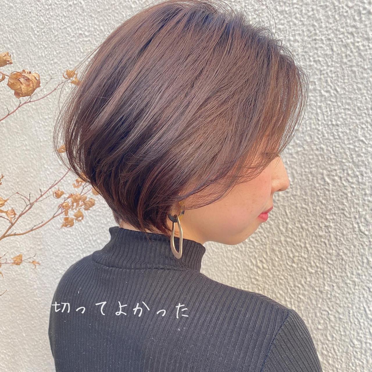 マッシュボブが似合う顔の特徴とは|丸顔や面長におすすめの髪型10選