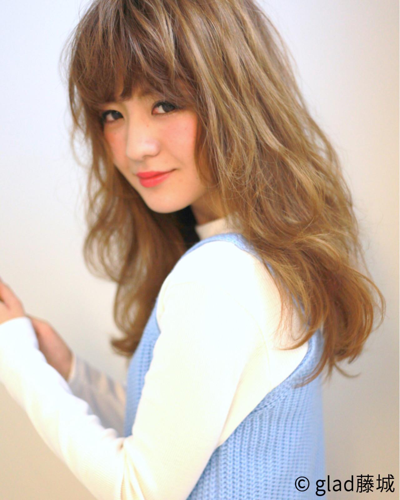 前髪あり アッシュ パーマ ロング ヘアスタイルや髪型の写真・画像   藤城 吉晃 / glad NATURAL HAIR