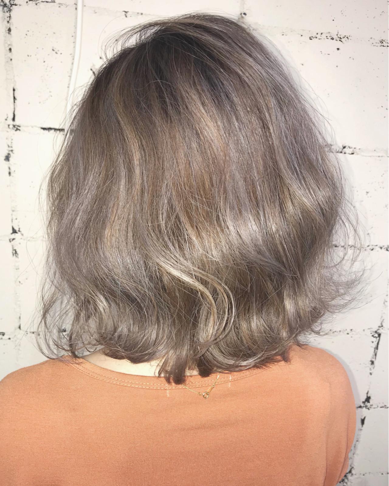 外国人風 ミルクティーベージュ 透明感 フェミニン ヘアスタイルや髪型の写真・画像