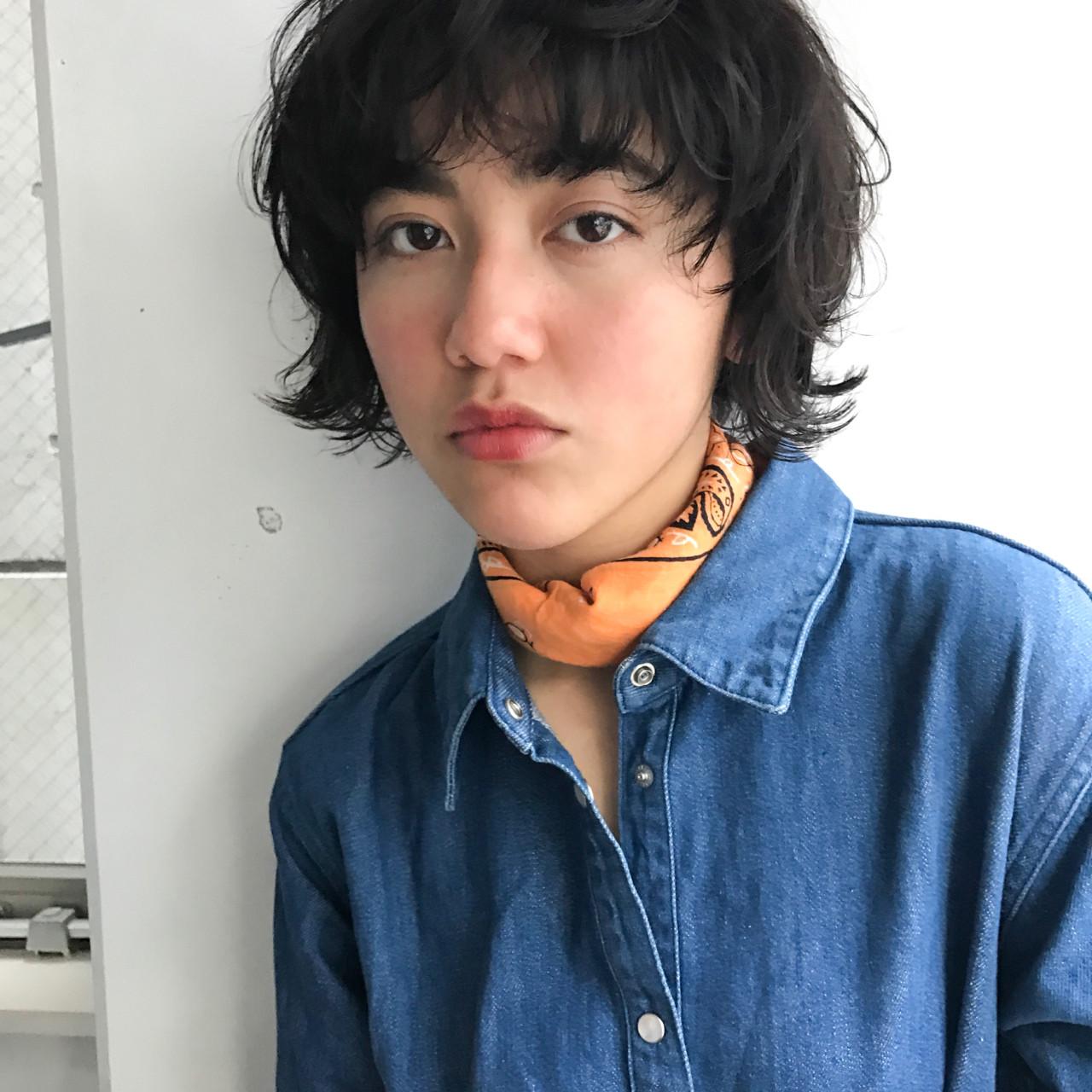 マッシュ アッシュ 黒髪 パーマ ヘアスタイルや髪型の写真・画像