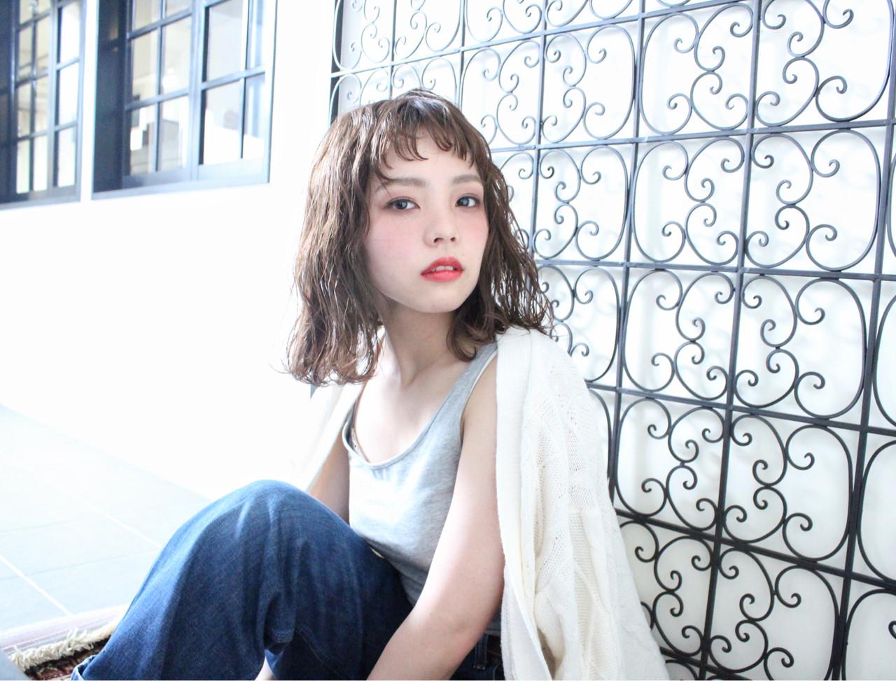外国人風 リラックス ミディアム ナチュラル ヘアスタイルや髪型の写真・画像   上田智久 / ooit 福岡 天神 / ooit
