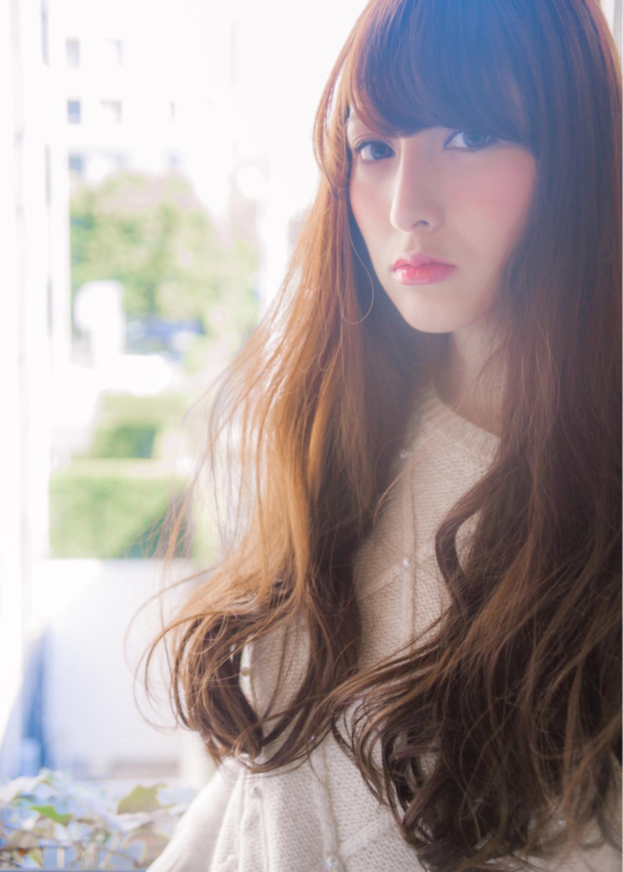 フェミニン 前髪あり アッシュ ゆるふわ ヘアスタイルや髪型の写真・画像