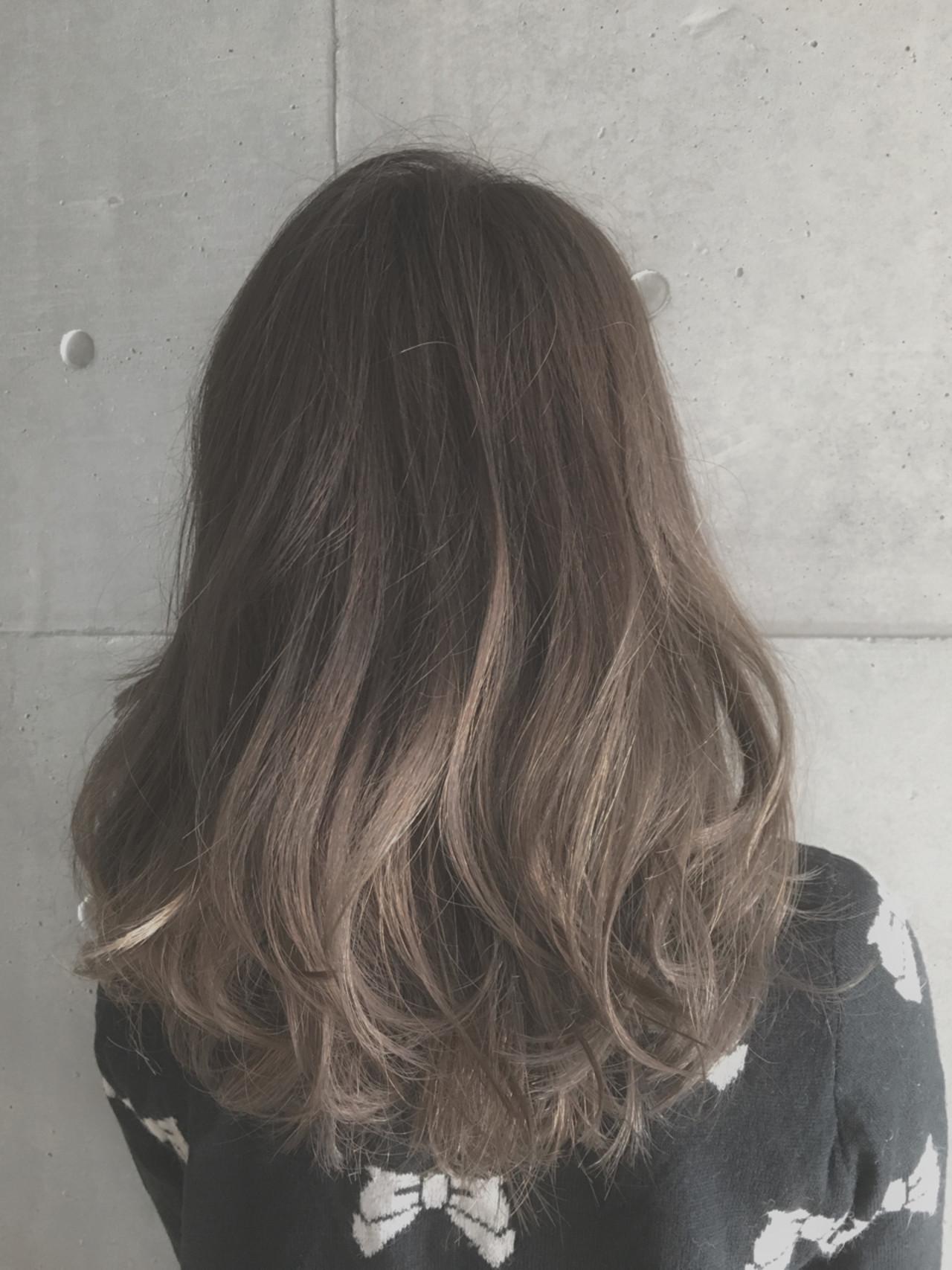 ブラウン 外国人風 ガーリー グラデーションカラー ヘアスタイルや髪型の写真・画像   Sayaka / diptyMOILA