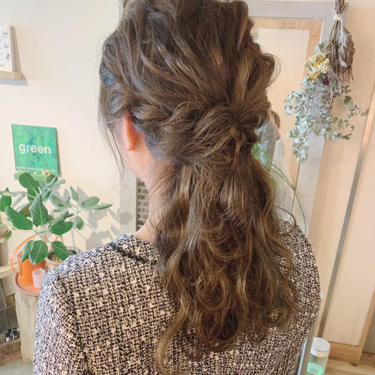 ロング ハイライト ヘアアレンジ ナチュラル ヘアスタイルや髪型の写真・画像