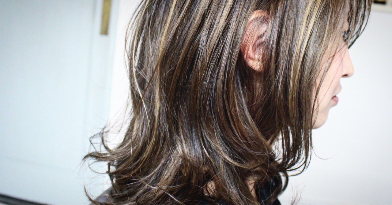 ナチュラル アッシュ ハイライト 外国人風 ヘアスタイルや髪型の写真・画像 | creap / creap