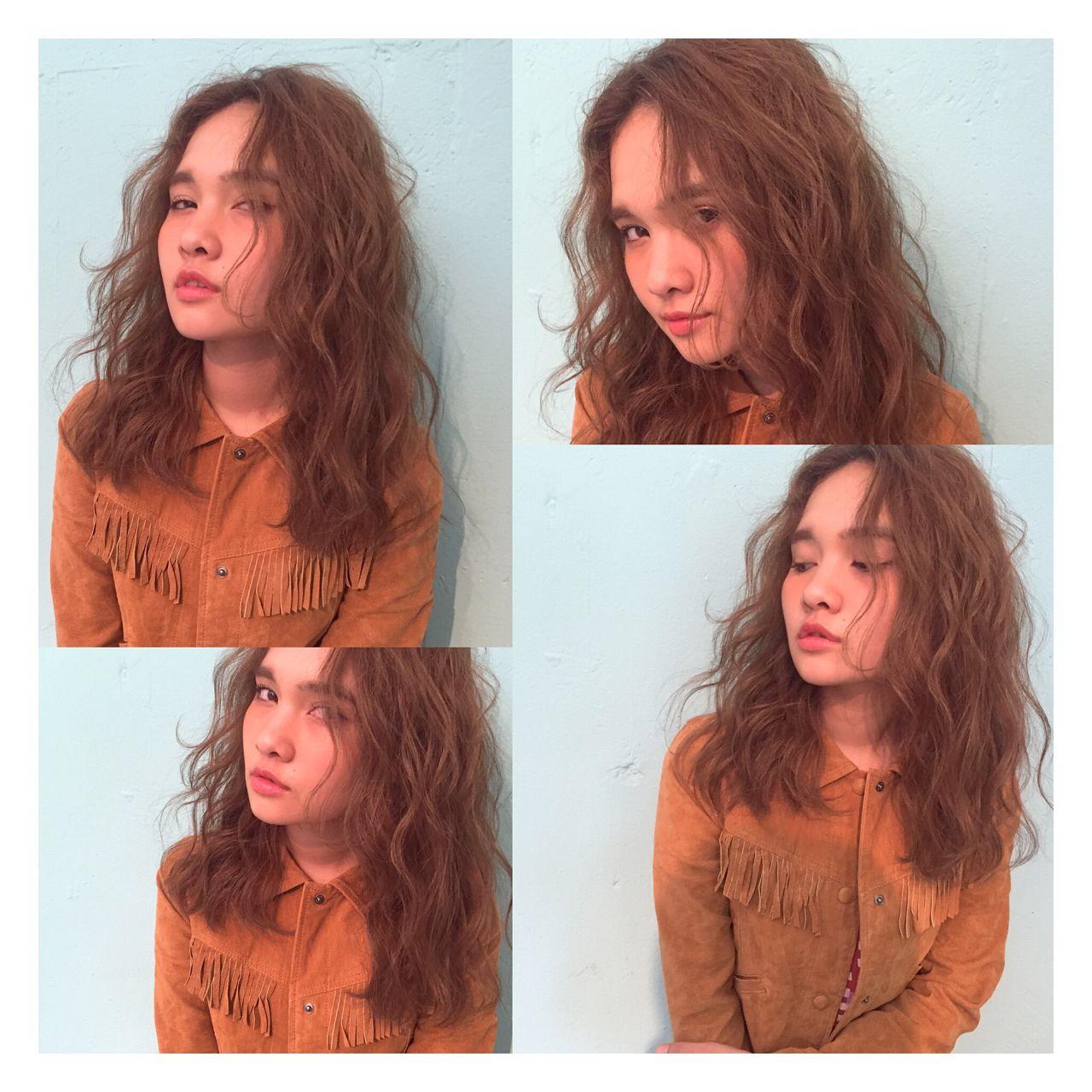 ウェーブ ストリート セミロング 波ウェーブ ヘアスタイルや髪型の写真・画像 | 津田恵 / GARDENTokyo