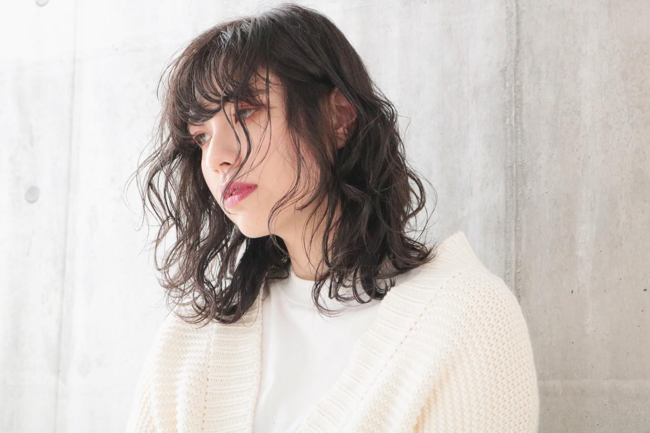 外国人風カラー ミルクティーベージュ ミディアム ナチュラル ヘアスタイルや髪型の写真・画像 | 中村明俊 / AUBE hair