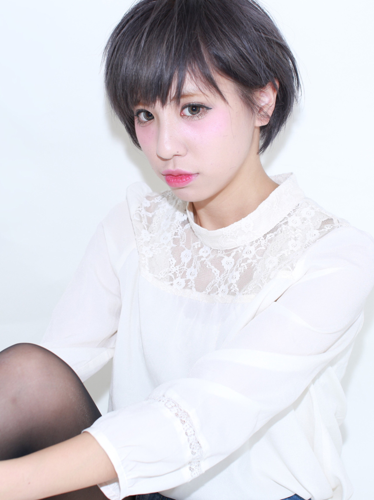 ショート ナチュラル グレージュ 暗髪 ヘアスタイルや髪型の写真・画像 | イマムラ スナオ / LUKE
