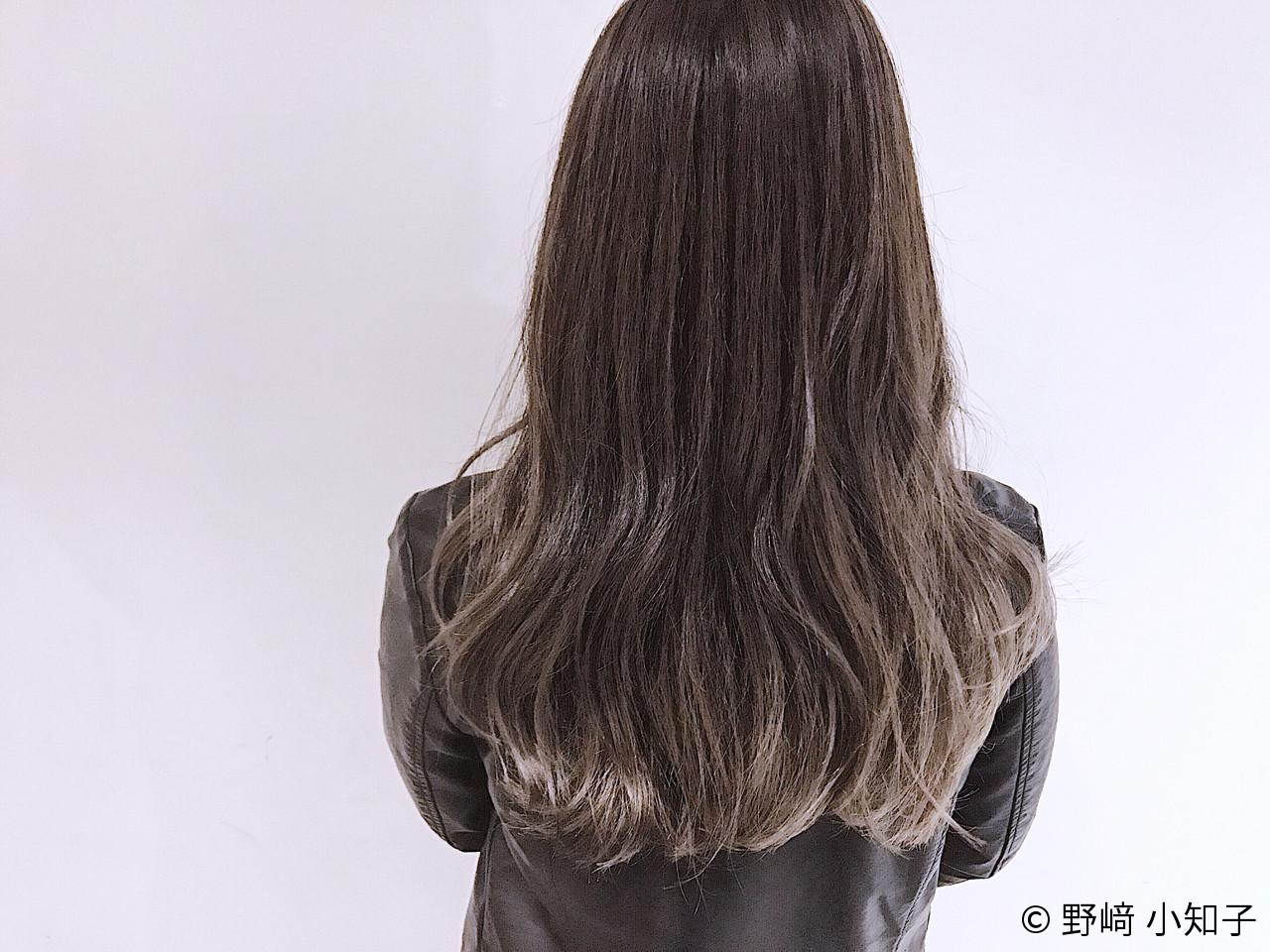 ロング ブルーアッシュ グラデーションカラー ハイライト ヘアスタイルや髪型の写真・画像 | 野﨑 小知子 / CACINA TOKYO