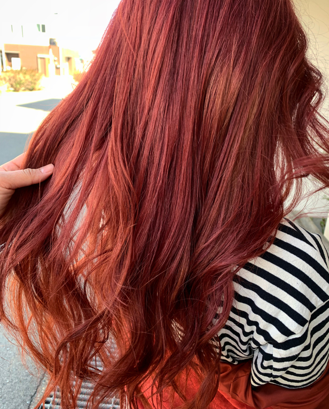 ヴァイオレット グラデーション チェリーレッド レッドカラー ヘアスタイルや髪型の写真・画像