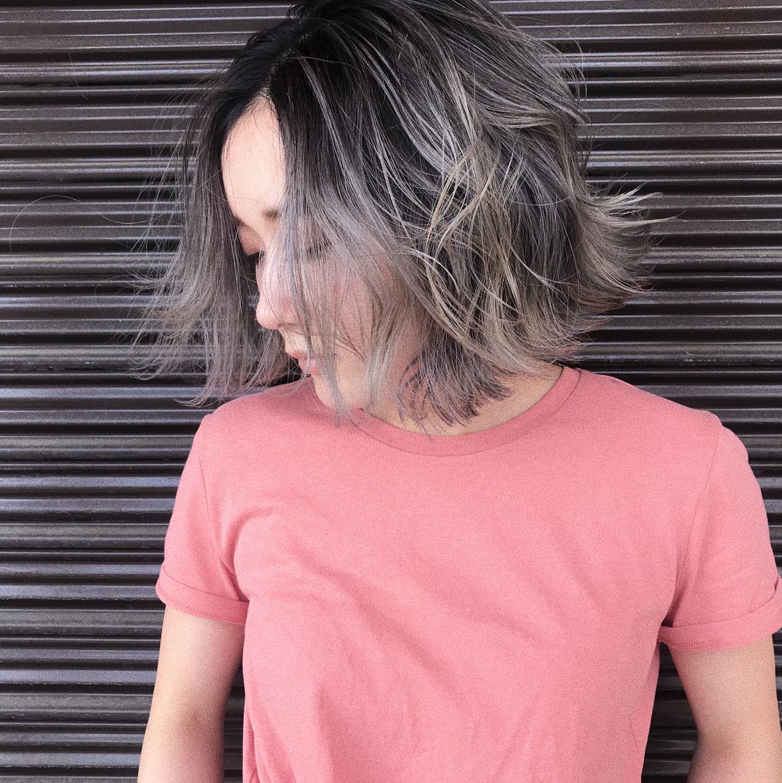 ボブ ハイライト バレイヤージュ プラチナブロンド ヘアスタイルや髪型の写真・画像   Akane Ueda / Chillin Room