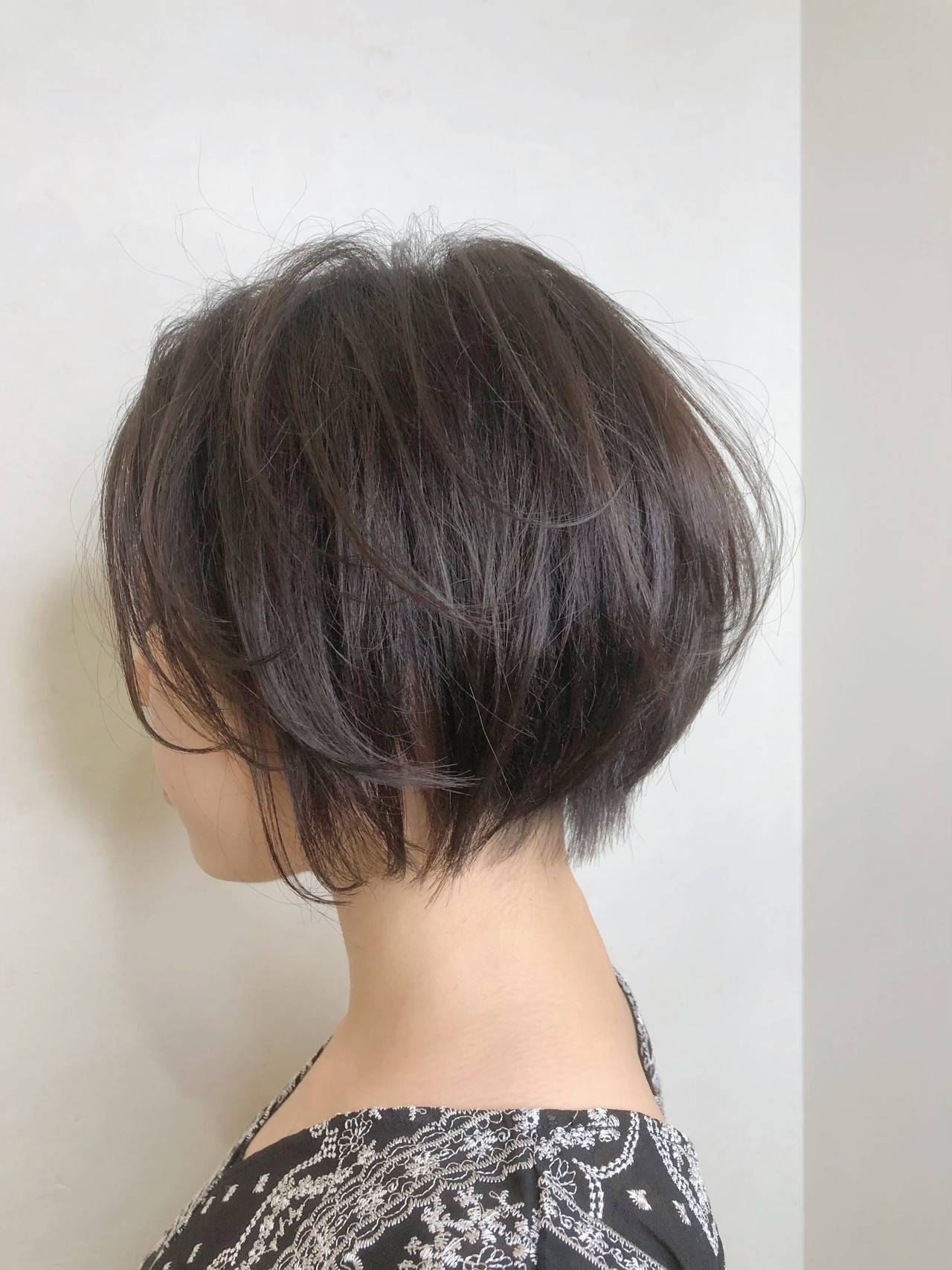 ショート 小顔ショート ショートボブ フェミニン ヘアスタイルや髪型の写真・画像