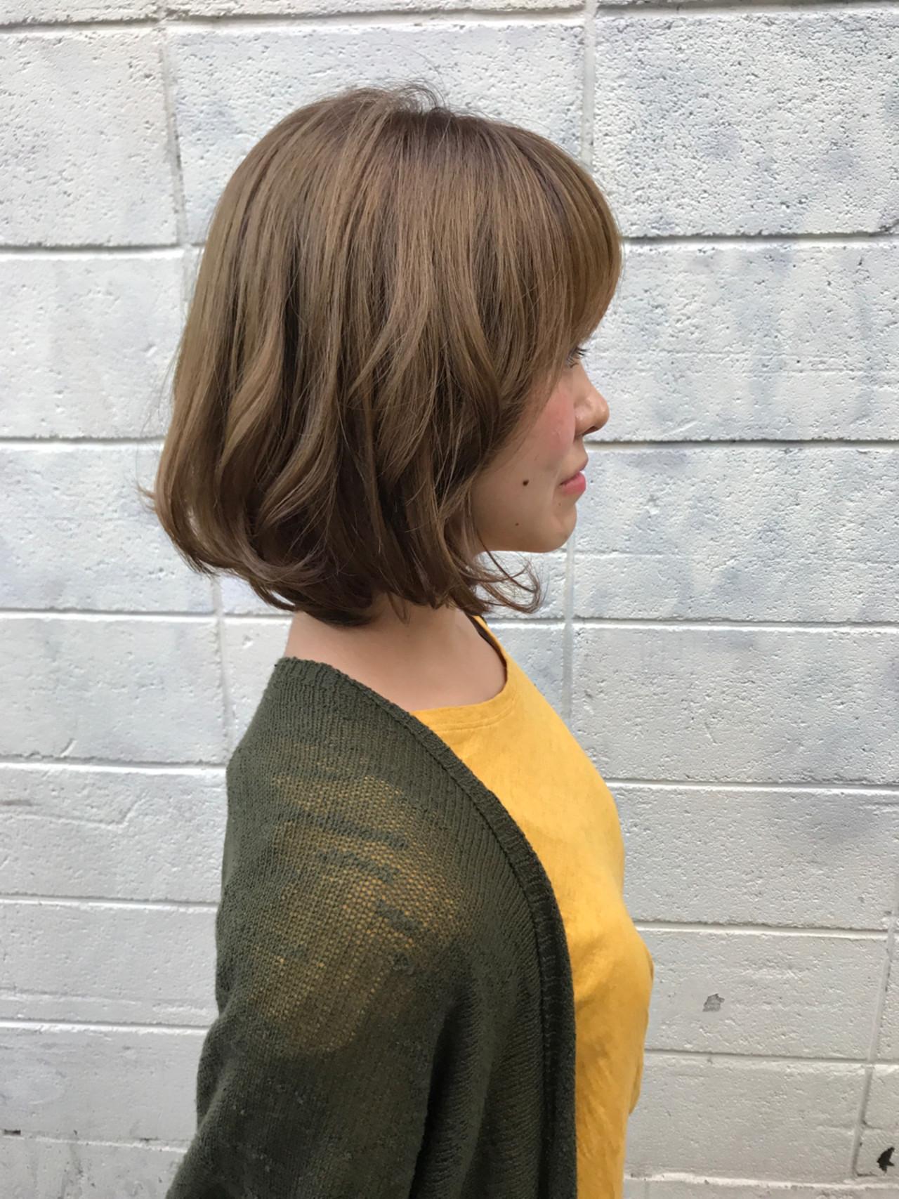 かわいい ボブ アンニュイ ウェーブ ヘアスタイルや髪型の写真・画像 | まりえ / 花やの前の美容室