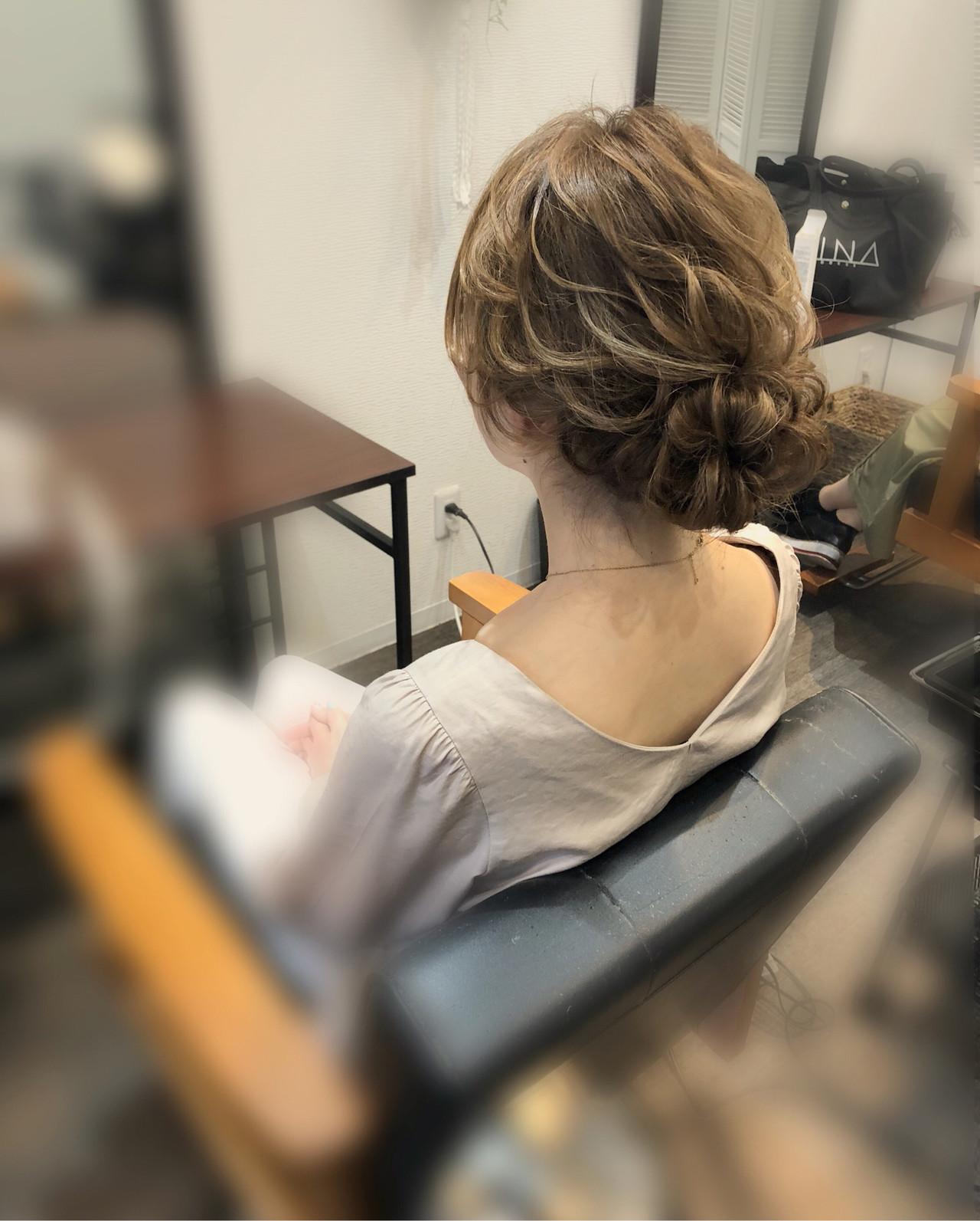 アップ ねじり ロング ヘアセット ヘアスタイルや髪型の写真・画像   mai / HAIR SALON STELLA