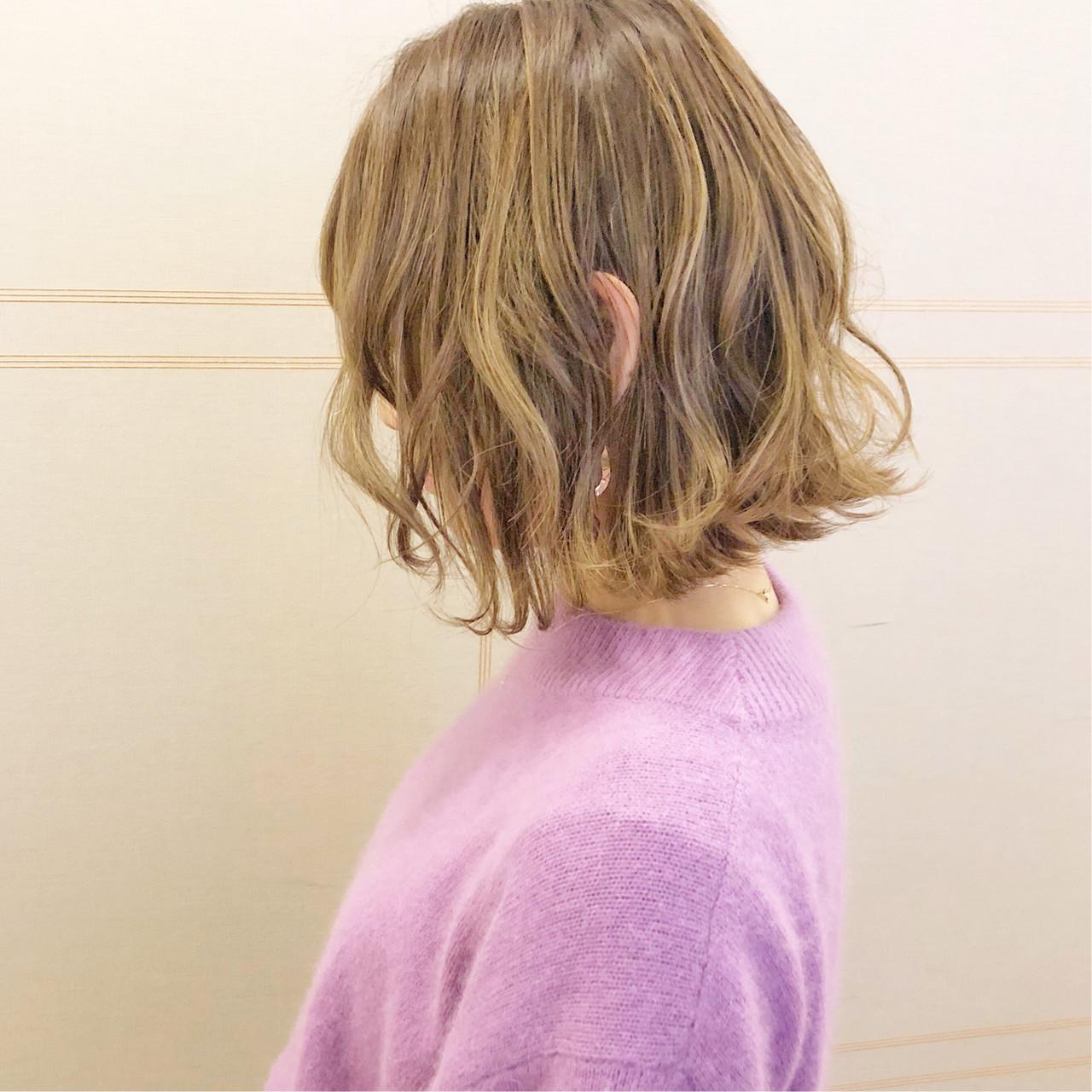 簡単ヘアアレンジ フェミニン 切りっぱなし ボブ ヘアスタイルや髪型の写真・画像 | 『ボブ美容師』永田邦彦 表参道 / send by HAIR