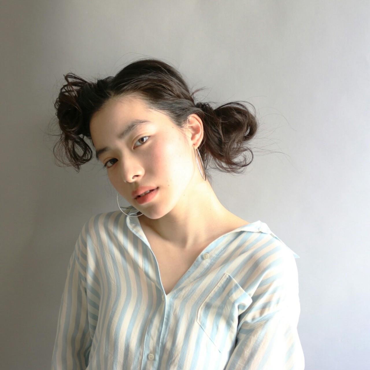 かき上げ前髪 ゆるふわ ヘアアレンジ 大人かわいい ヘアスタイルや髪型の写真・画像 | Kenji Watanabe / BNRNEYFIELDS