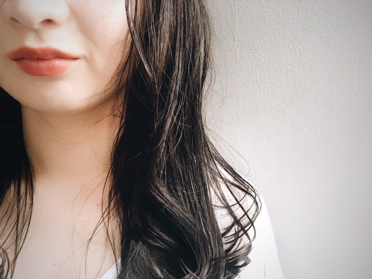 透明感 ダークアッシュ グレージュ ロング ヘアスタイルや髪型の写真・画像