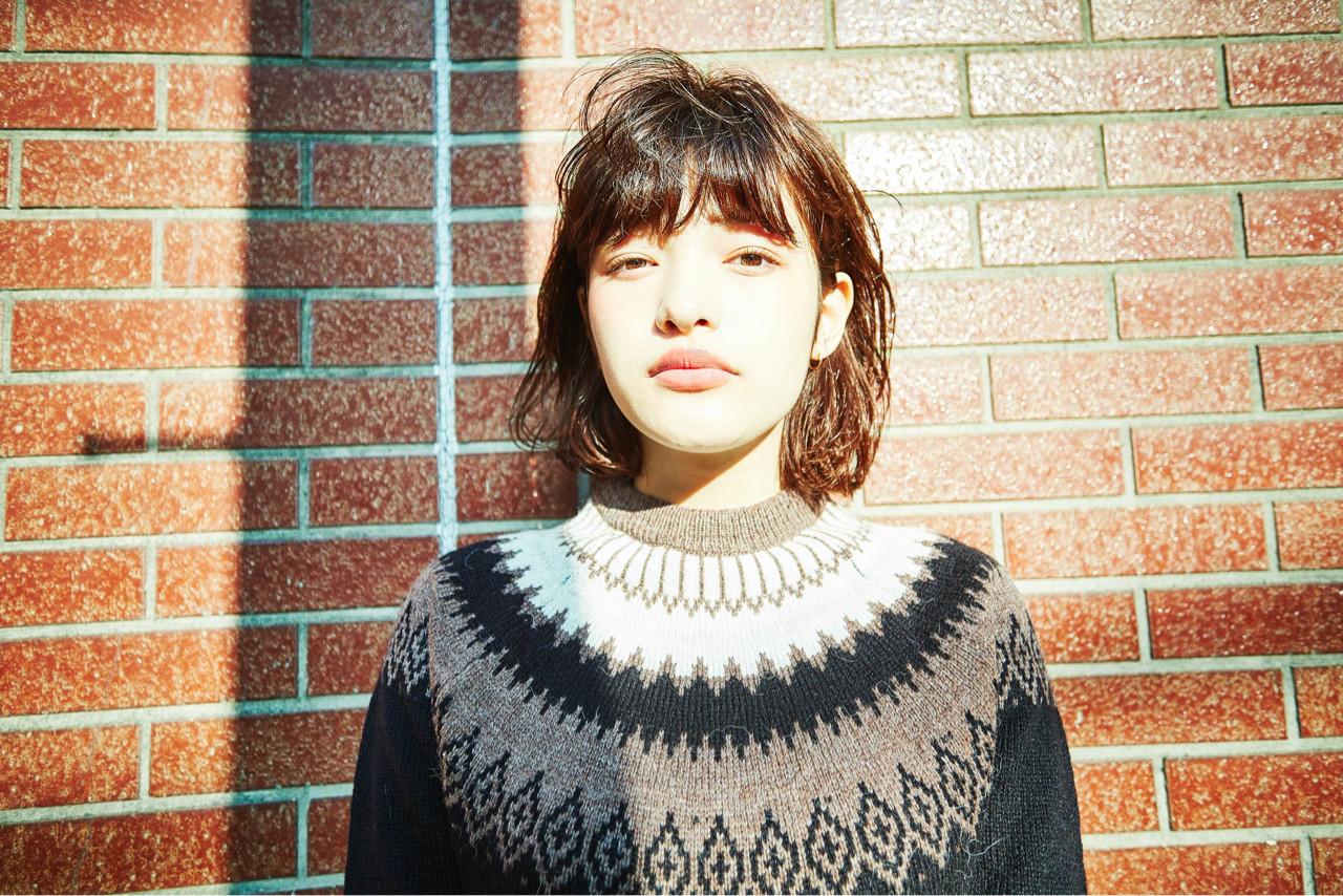 パーマ ナチュラル 外国人風 ゆるふわ ヘアスタイルや髪型の写真・画像   前田伸一 / AKAMEE omotesando