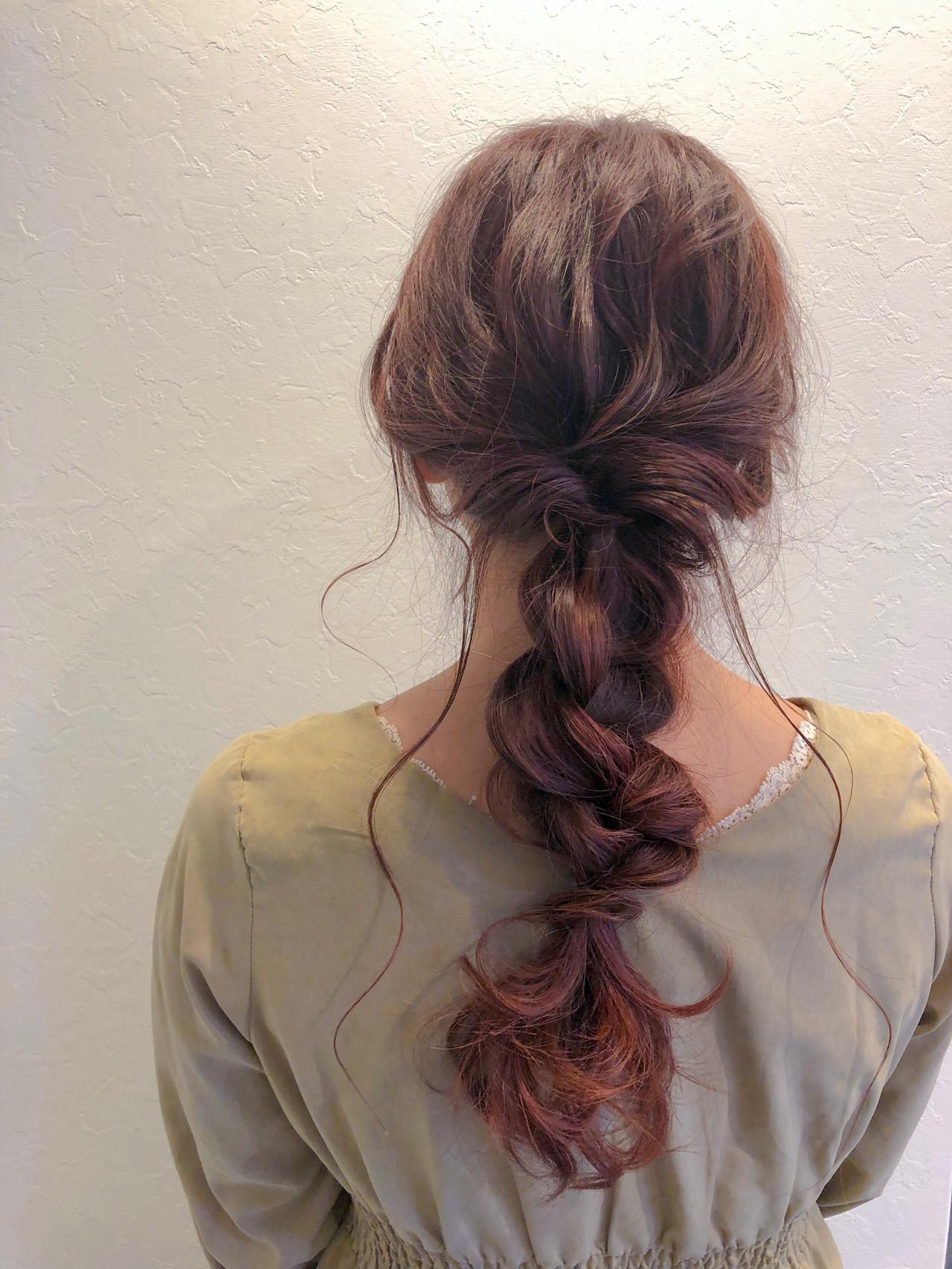 最新トリートメント くるりんぱ フェミニン 簡単ヘアアレンジ ヘアスタイルや髪型の写真・画像