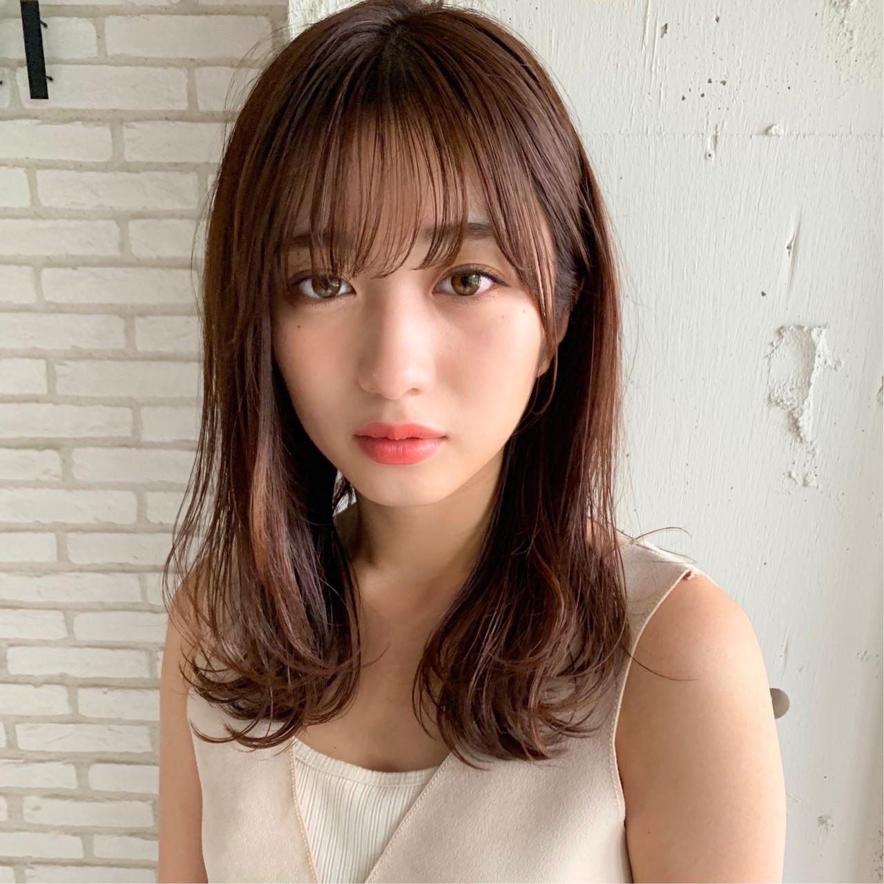 ミディアム 前髪パーマ ナチュラル デジタルパーマ ヘアスタイルや髪型の写真・画像