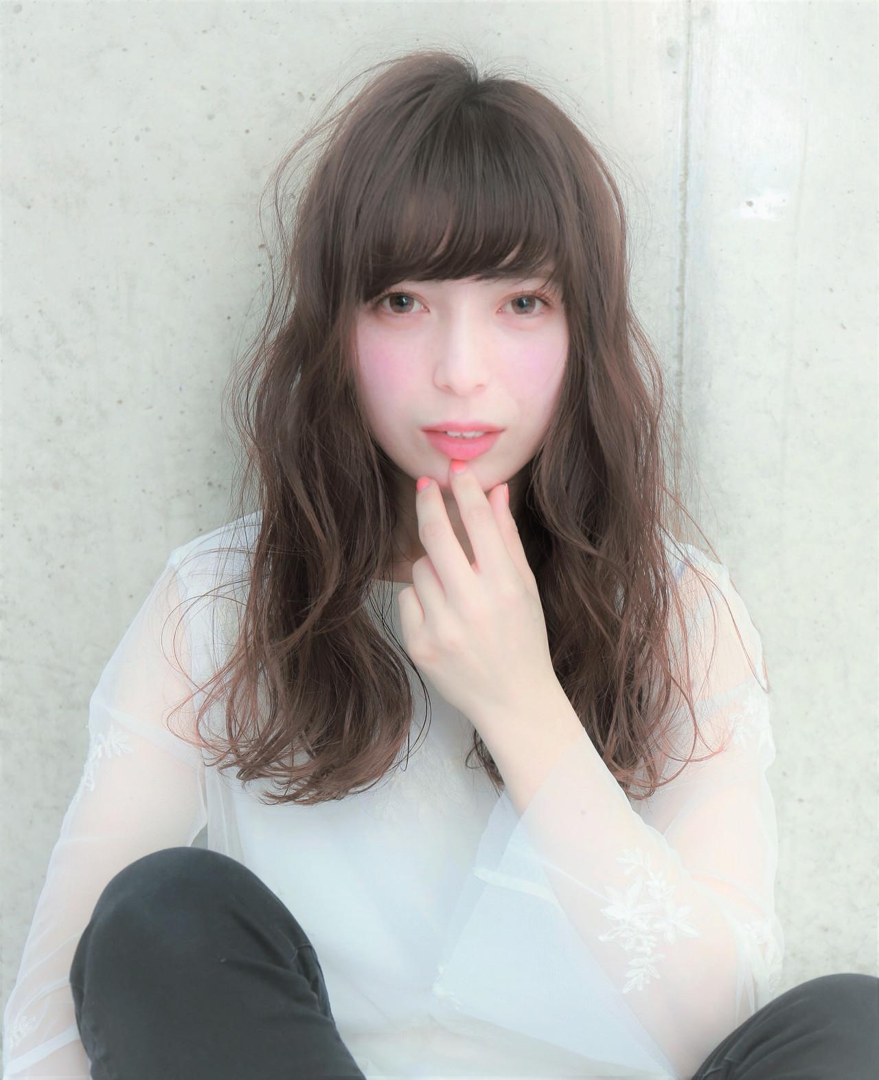 フェミニン ロング モテ髪 アンニュイほつれヘア ヘアスタイルや髪型の写真・画像