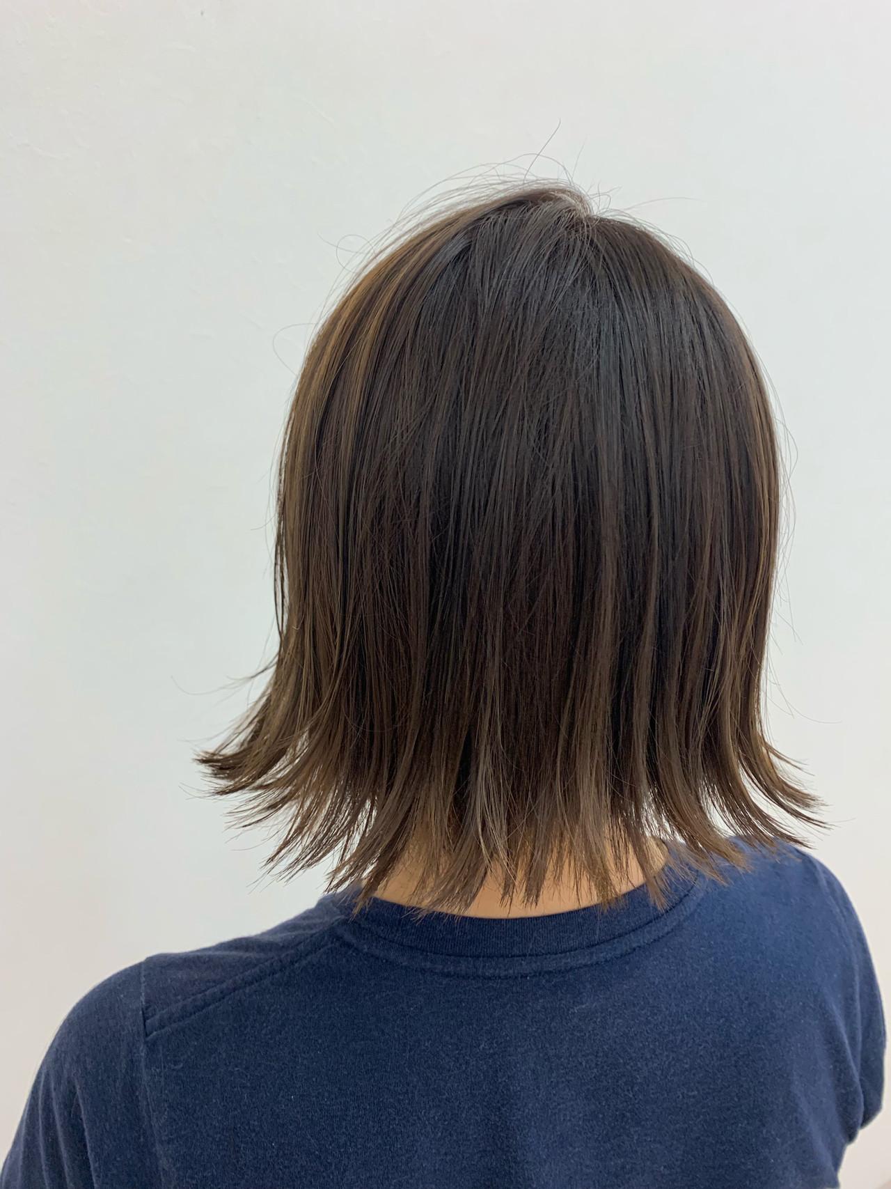 切りっぱなしボブ 大人ショート 外ハネ ショート ヘアスタイルや髪型の写真・画像