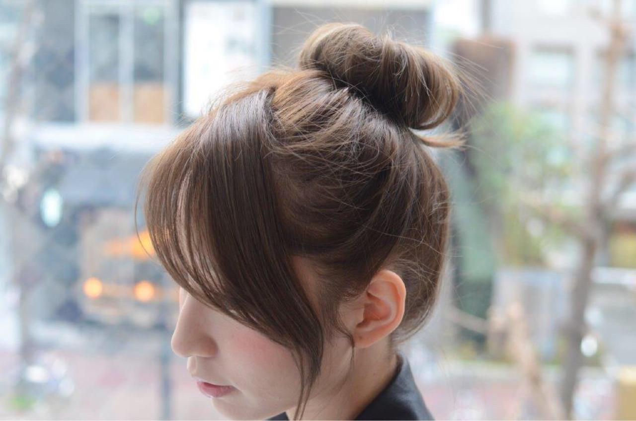 大人かわいい 前髪あり お団子 簡単ヘアアレンジ ヘアスタイルや髪型の写真・画像